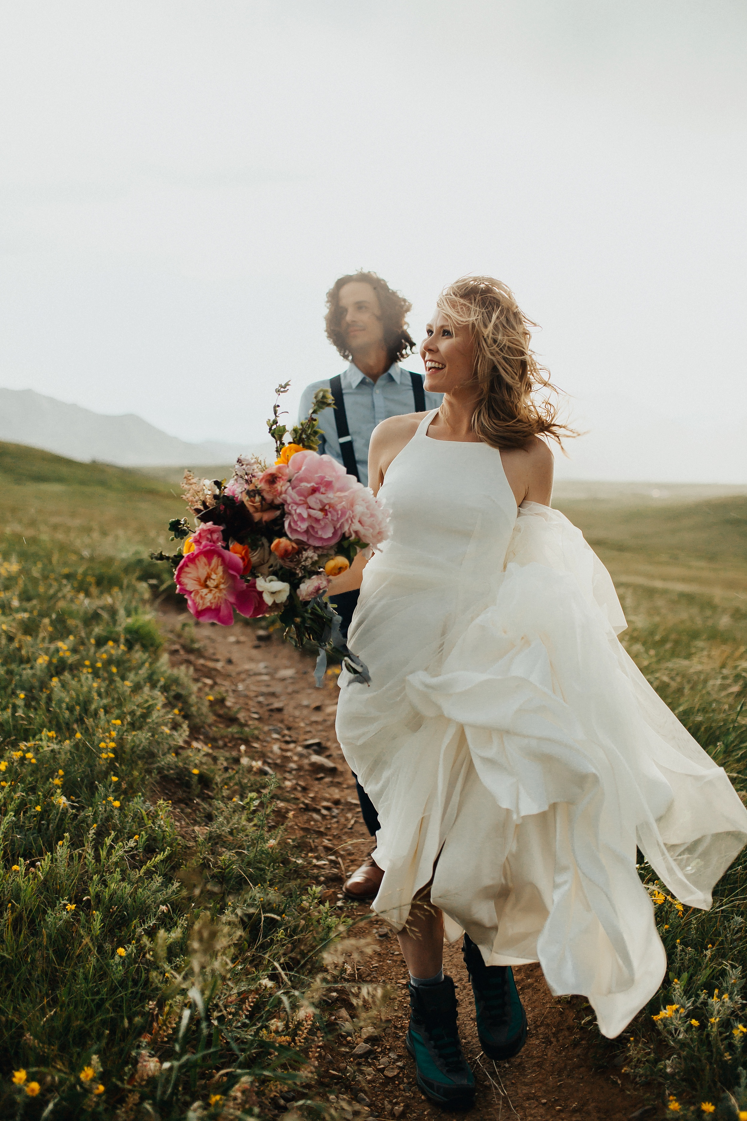 Boulder_Colorado_Elopement_Fringe_Boho_Mountains-27.jpg