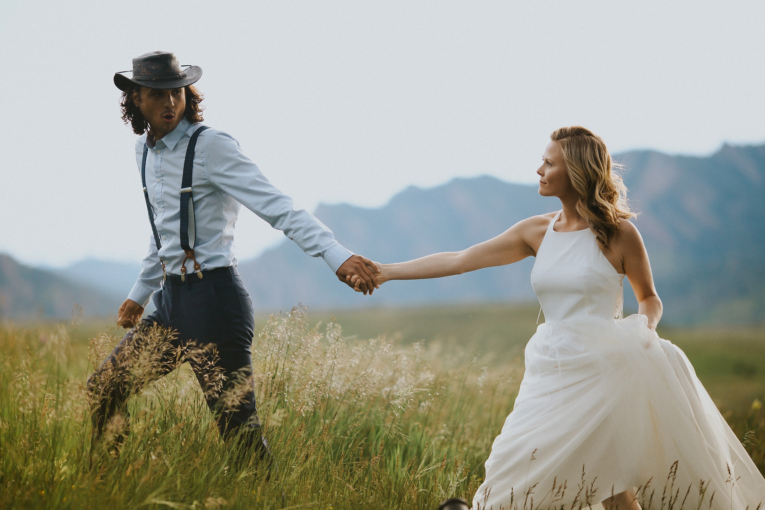 Boulder_Colorado_Elopement_Fringe_Boho_Mountains-37.jpg