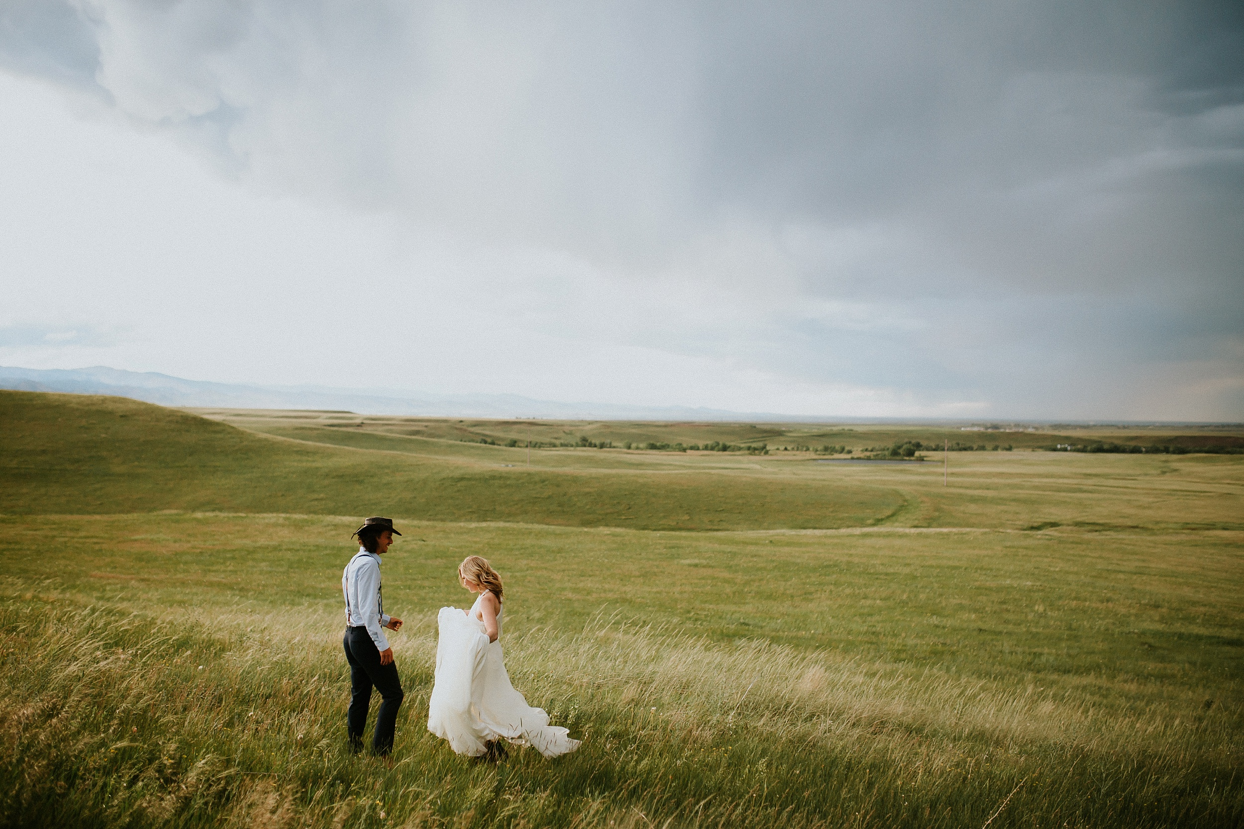 Boulder_Colorado_Elopement_Fringe_Boho_Mountains-32.jpg