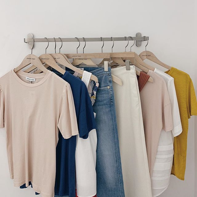 My fitting room line up @amourvert over the weekend...the experience of shopping in a store and knowing everything has been produced sustainably is 👌🏻 Also loving this colour palette, my kind of neutrals!