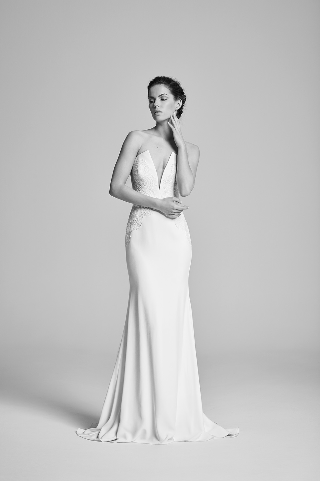 delphine-wedding-dresses-uk-belle-epoque-collection-2018-1.jpg