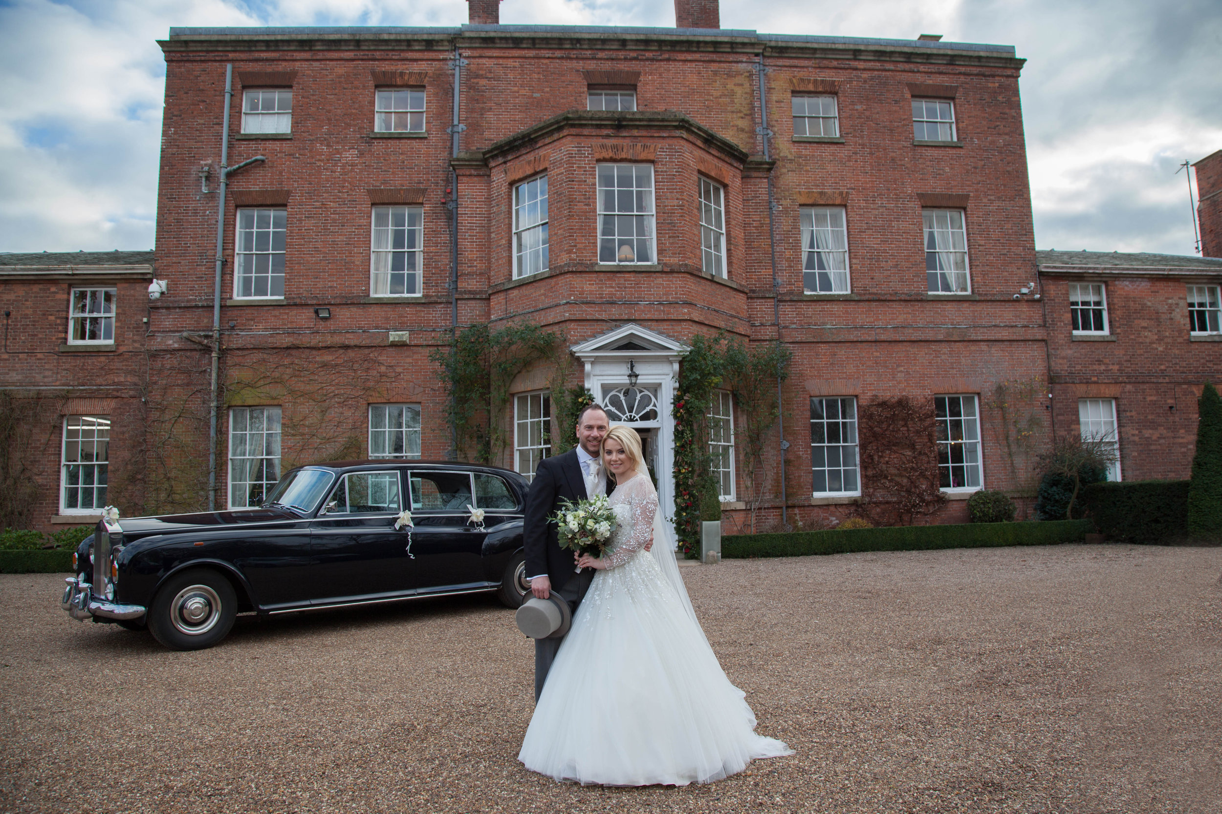 A Glamorous Jenny Packham Wedding Gown For A Romantic Winter Wedding At Norwood House 10.jpg