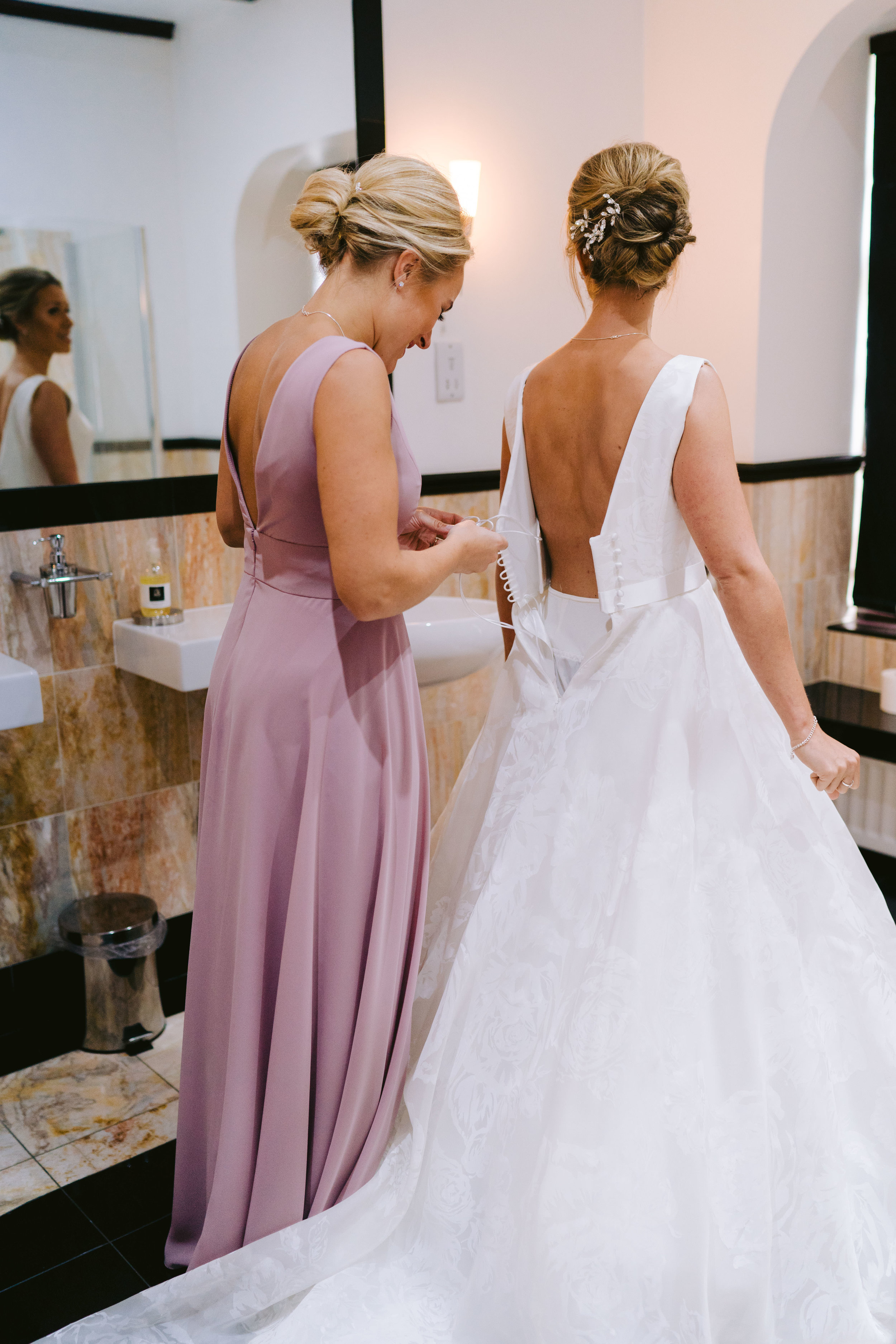 Karin_and_Shauns_Wedding_-_Achnagairn_Castle_-_www.eilidhrobertson.co.uk-213.jpg