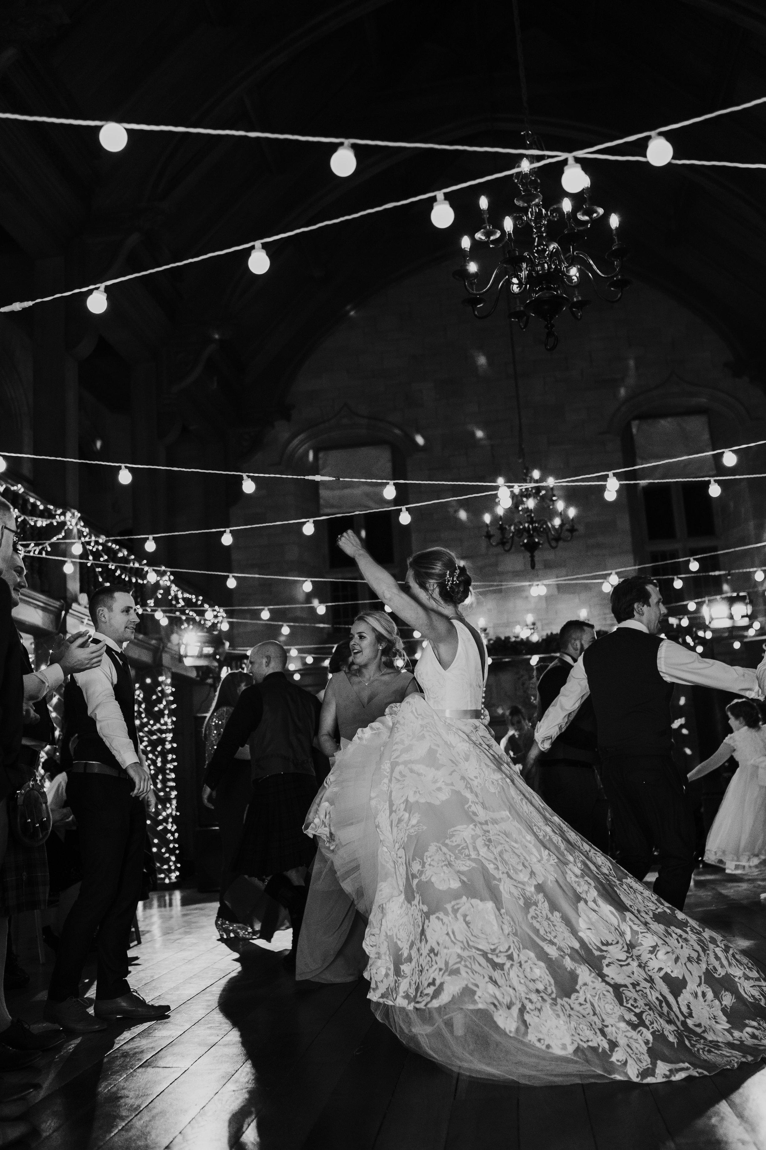 Karin_and_Shauns_Wedding_-_Achnagairn_Castle_-_www.eilidhrobertson.co.uk-1366.jpg