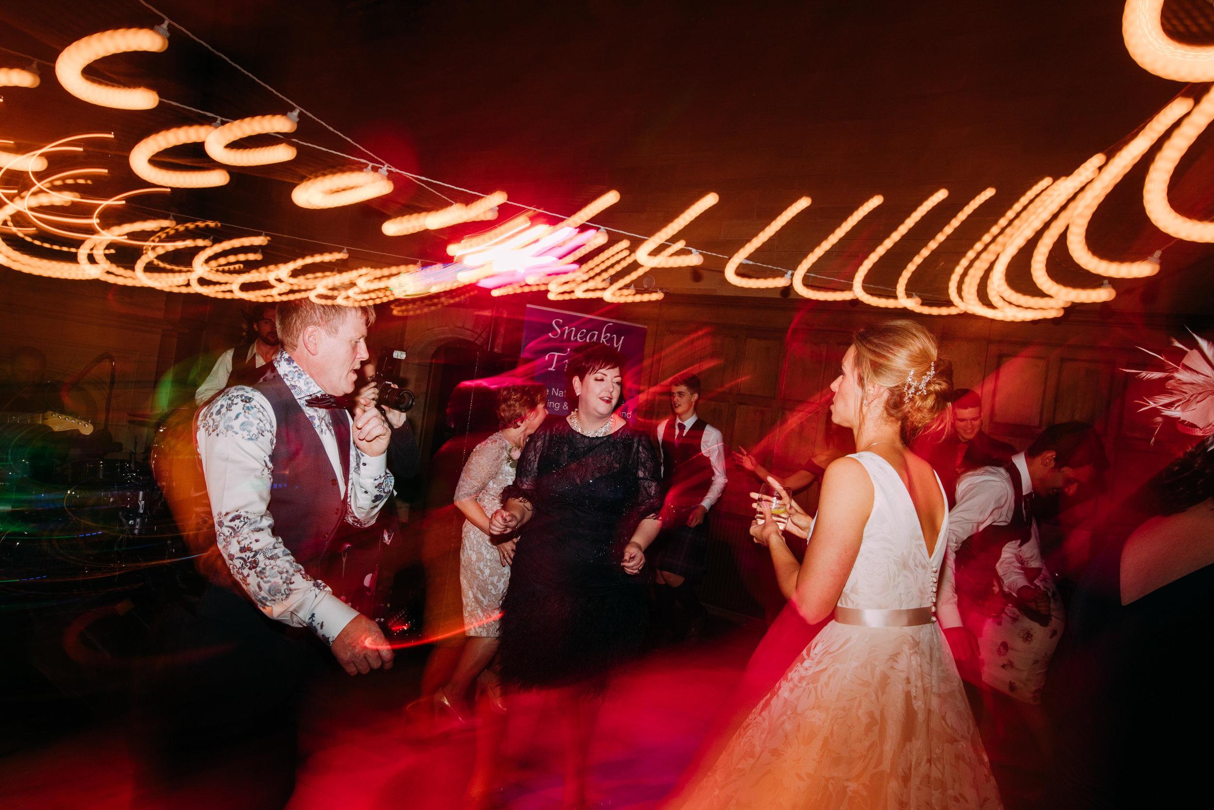 Karin_and_Shauns_Wedding_-_Achnagairn_Castle_-_www.eilidhrobertson.co.uk-1417.jpg