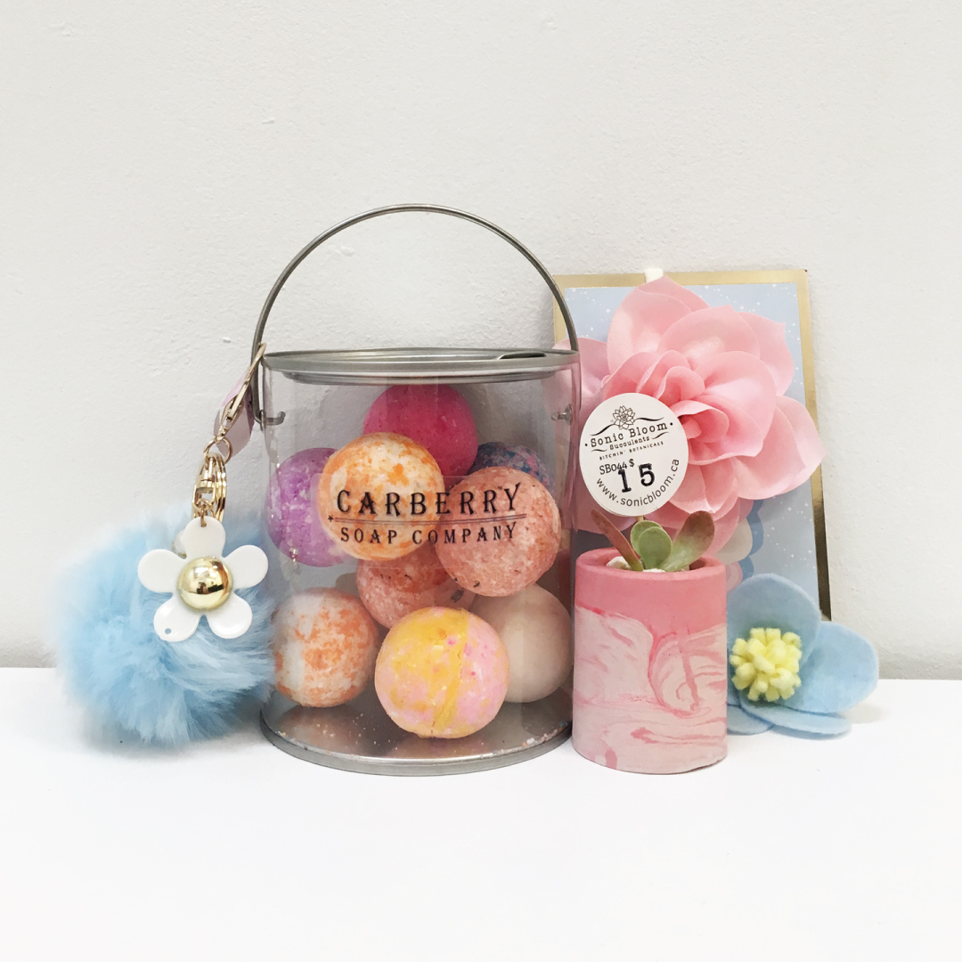 NOOKS_GIFTGUIDE_PASTELPARTY.jpg