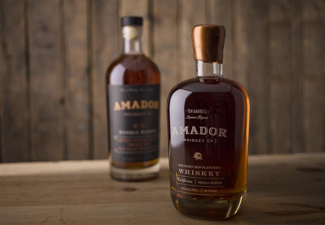 KMPkg_3Z2A3115 both whiskies.jpg