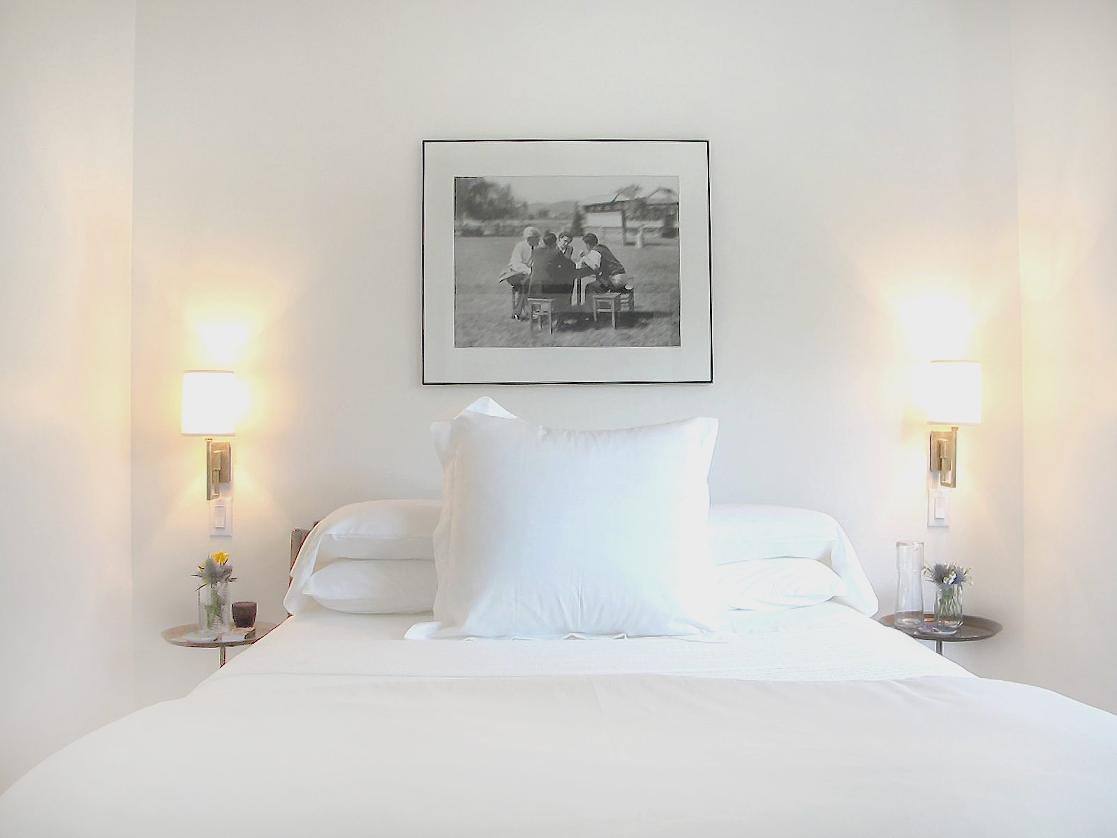 G MONROE BEDROOM 1.jpg
