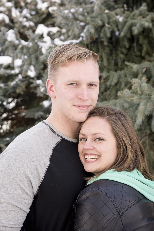 savage_couple_portrait_snow_pine_utah_Christin.jpg