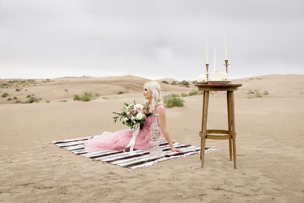 sand_dunes_pink_utah_fashion_bridal-3.jpg