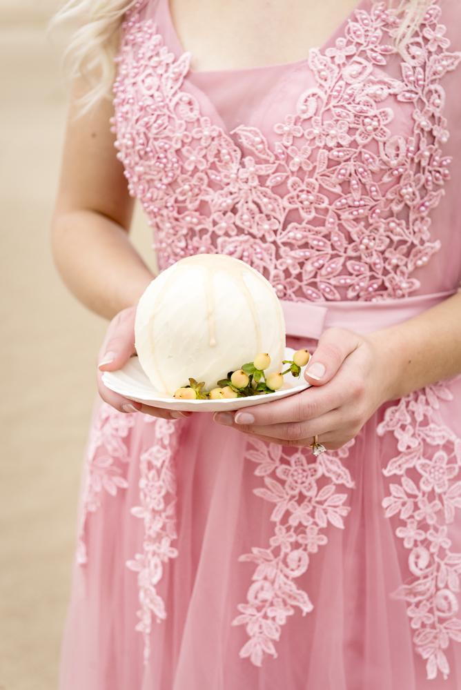 sand_dunes_pink_utah_fashion_bridal-4.jpg