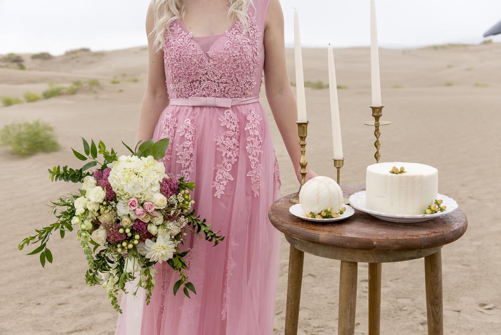 sand_dunes_pink_utah_fashion_bridal-21.jpg