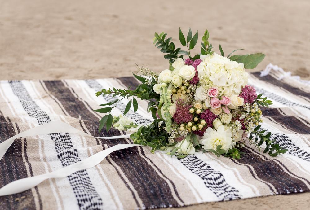 sand_dunes_pink_utah_fashion_bridal-23.jpg