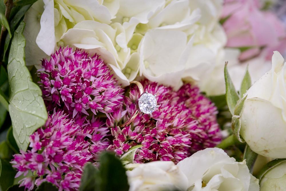 sand_dunes_pink_utah_fashion_bridal_floral.jpg