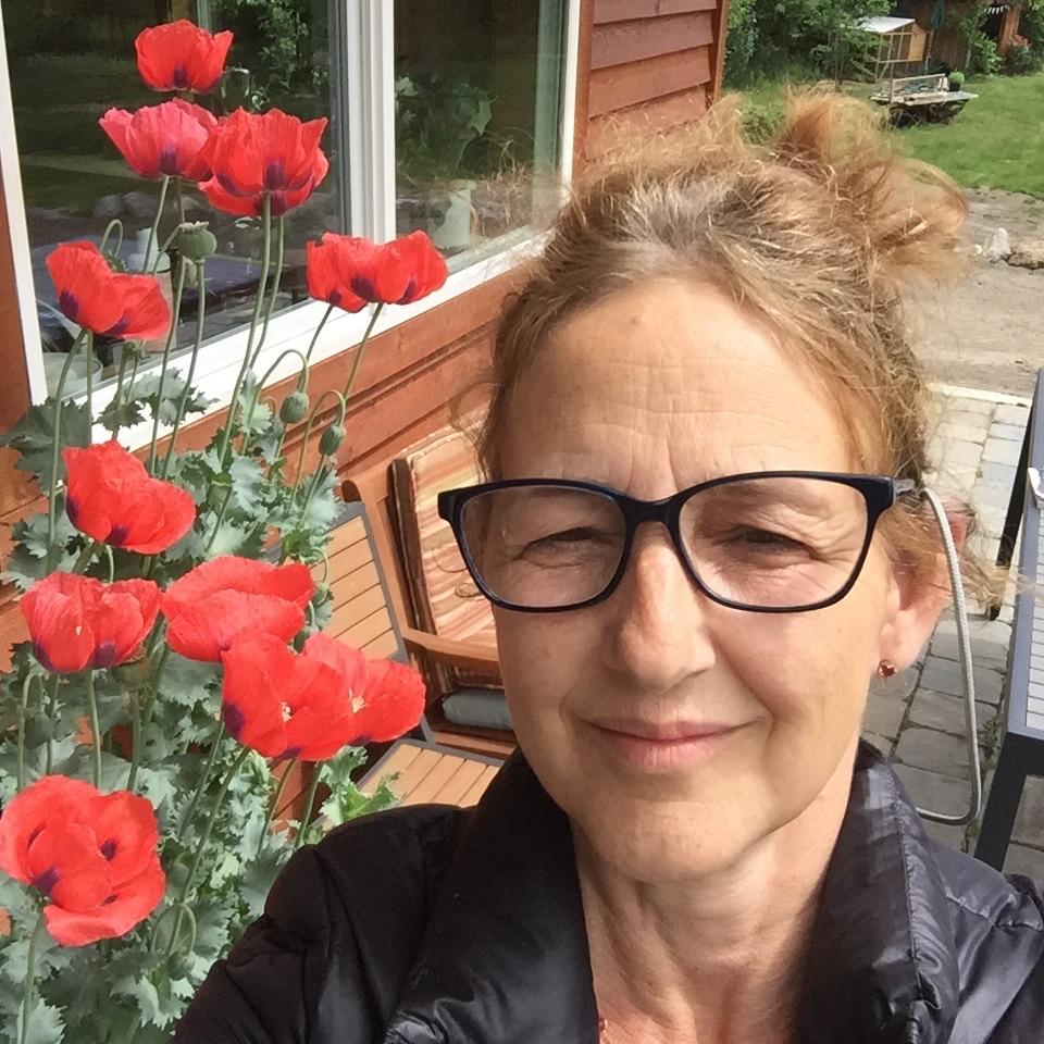 Jennifer Vonholstein