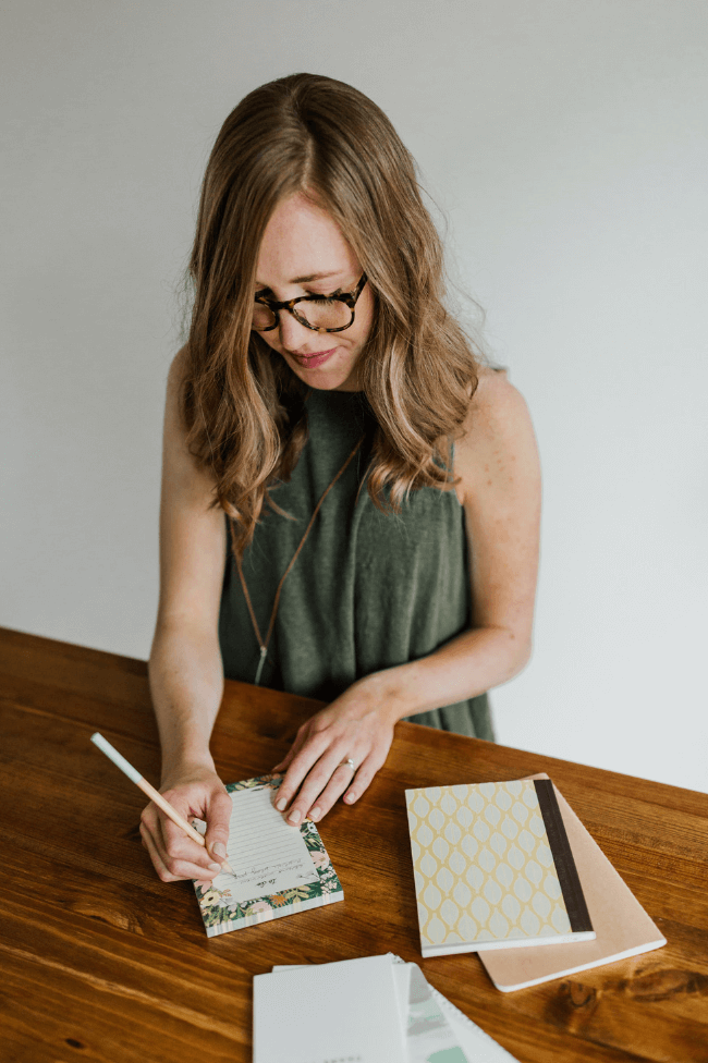 Kelsey O'Halloran - Website Copywriter for Service-Based Entrepreneurs.png