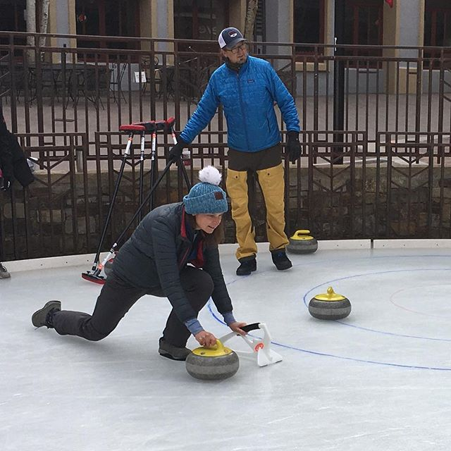 Come try curling TODAY during #holidayprelude at the @madelinetelluride ice rink from 10:00am - 12:00pm in  @townofmountainvillage!  Then stick around for free ice skating, kids crafts, Santa, and the reindeer.  #goodcurling #hurryhard #telluride #christmasintelluride #SWEEP