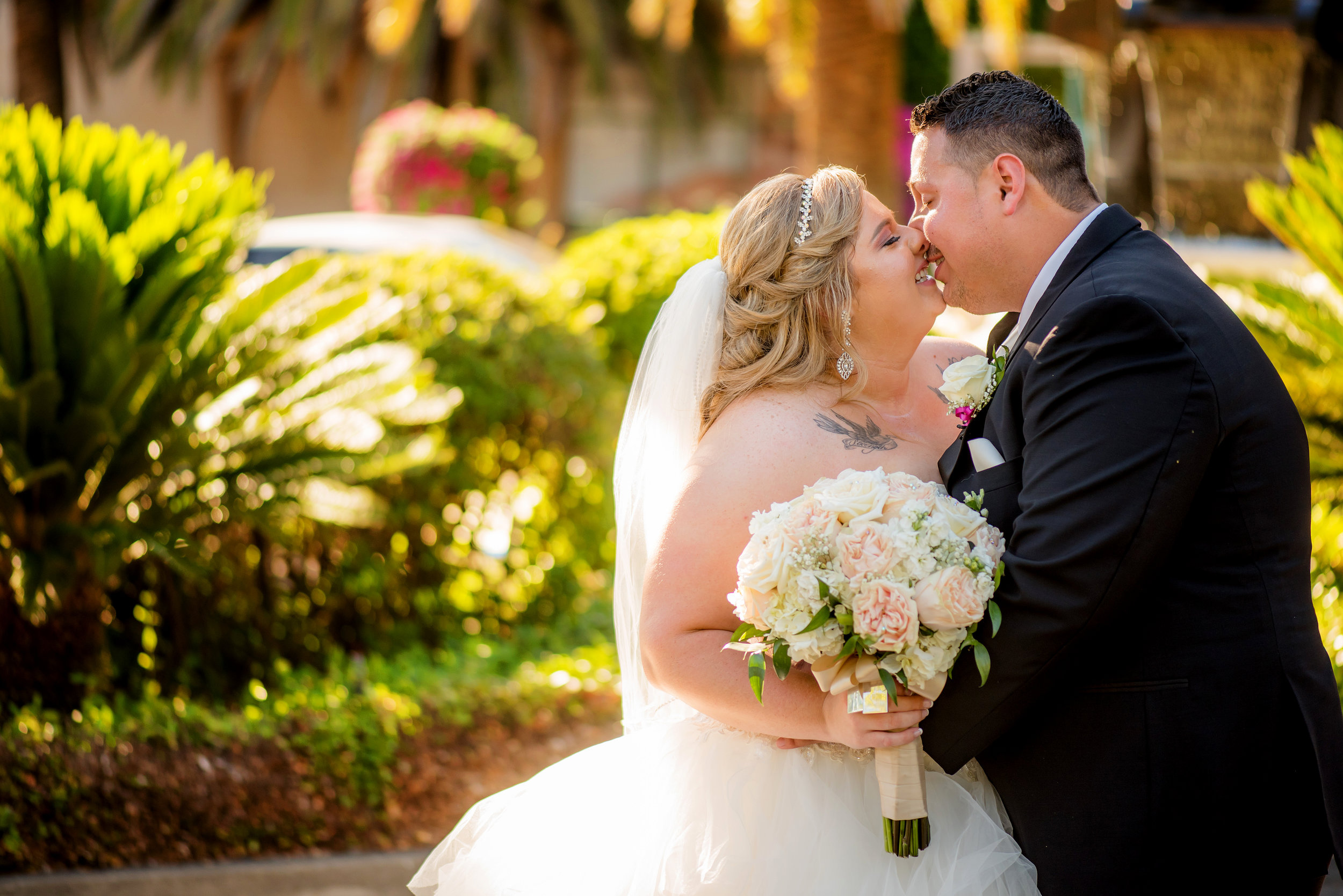 Wedding portrait of bride and groom at Arden Hills Club and Spa in Sacramento California.