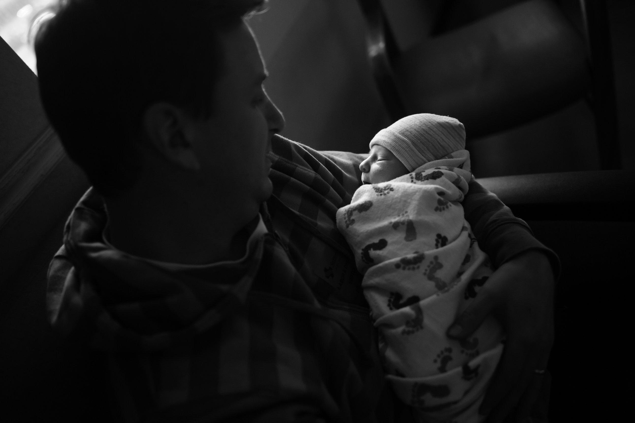 erickson-family-011-sacramento-family-birth-photographer-katherine-nicole-photography.JPG