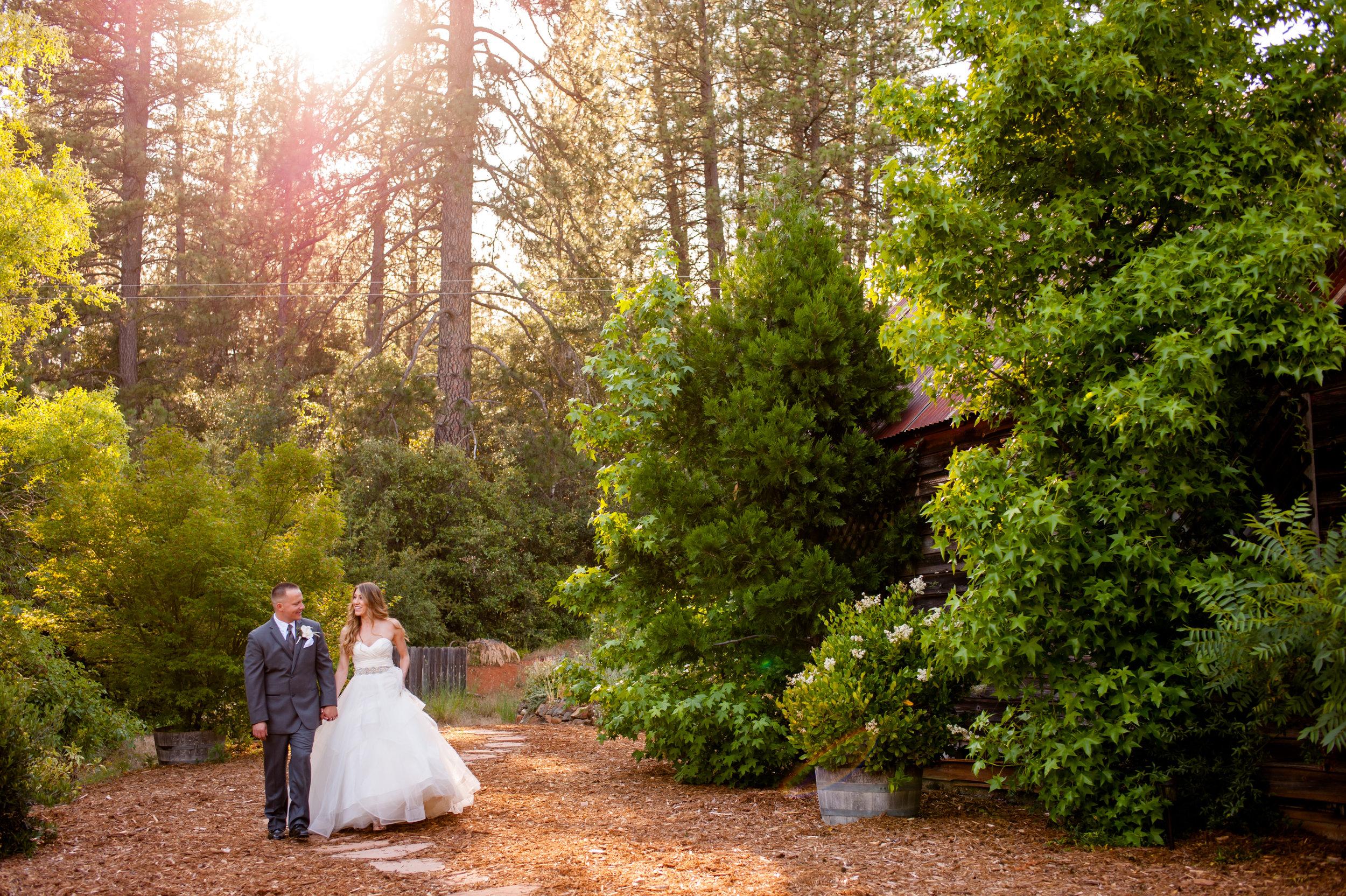 nicole-luke-027-onte-verde-inn-foresthill-wedding-photographer-katherine-nicole-photography.JPG