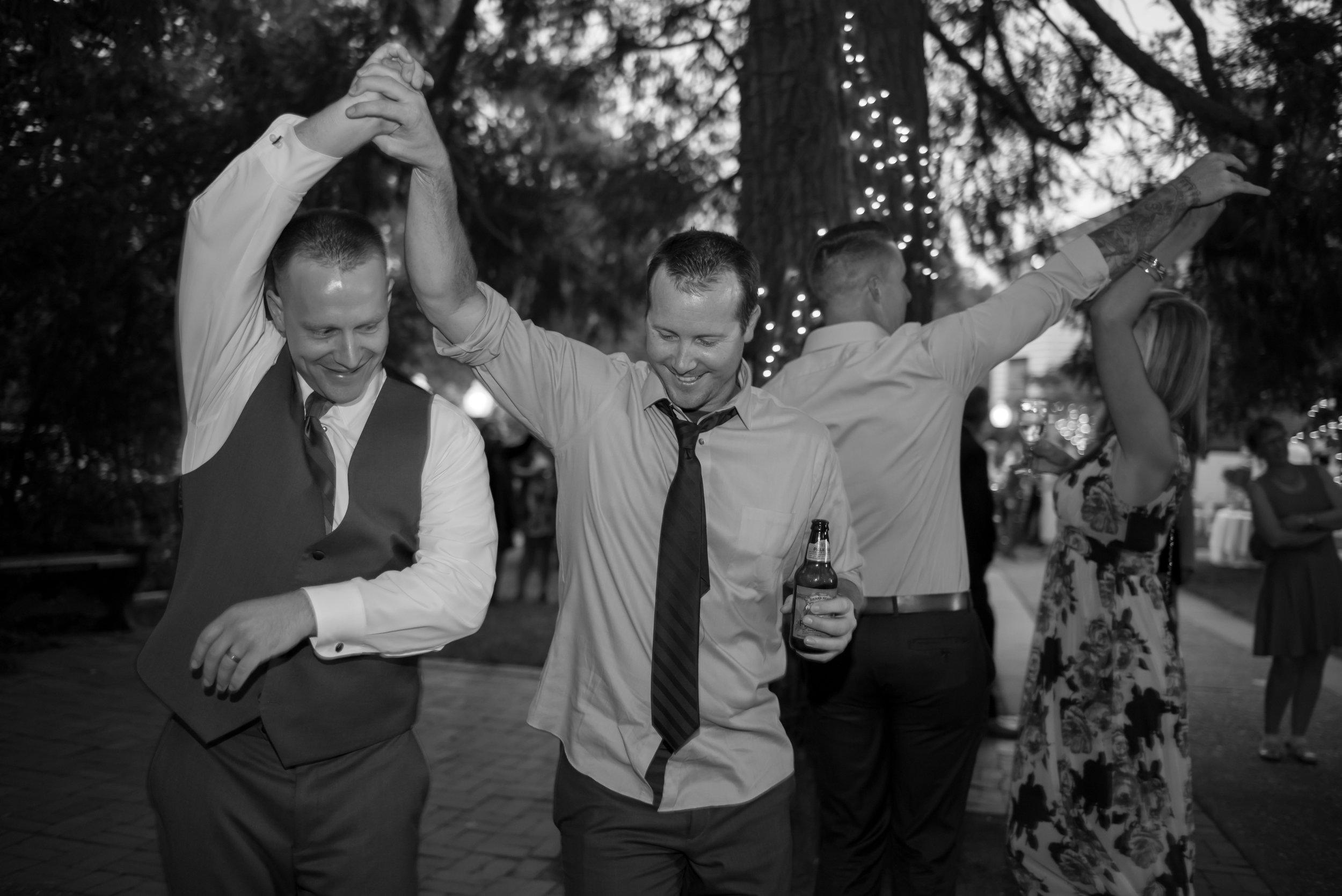 nicole-luke-043-onte-verde-inn-foresthill-wedding-photographer-katherine-nicole-photography.JPG
