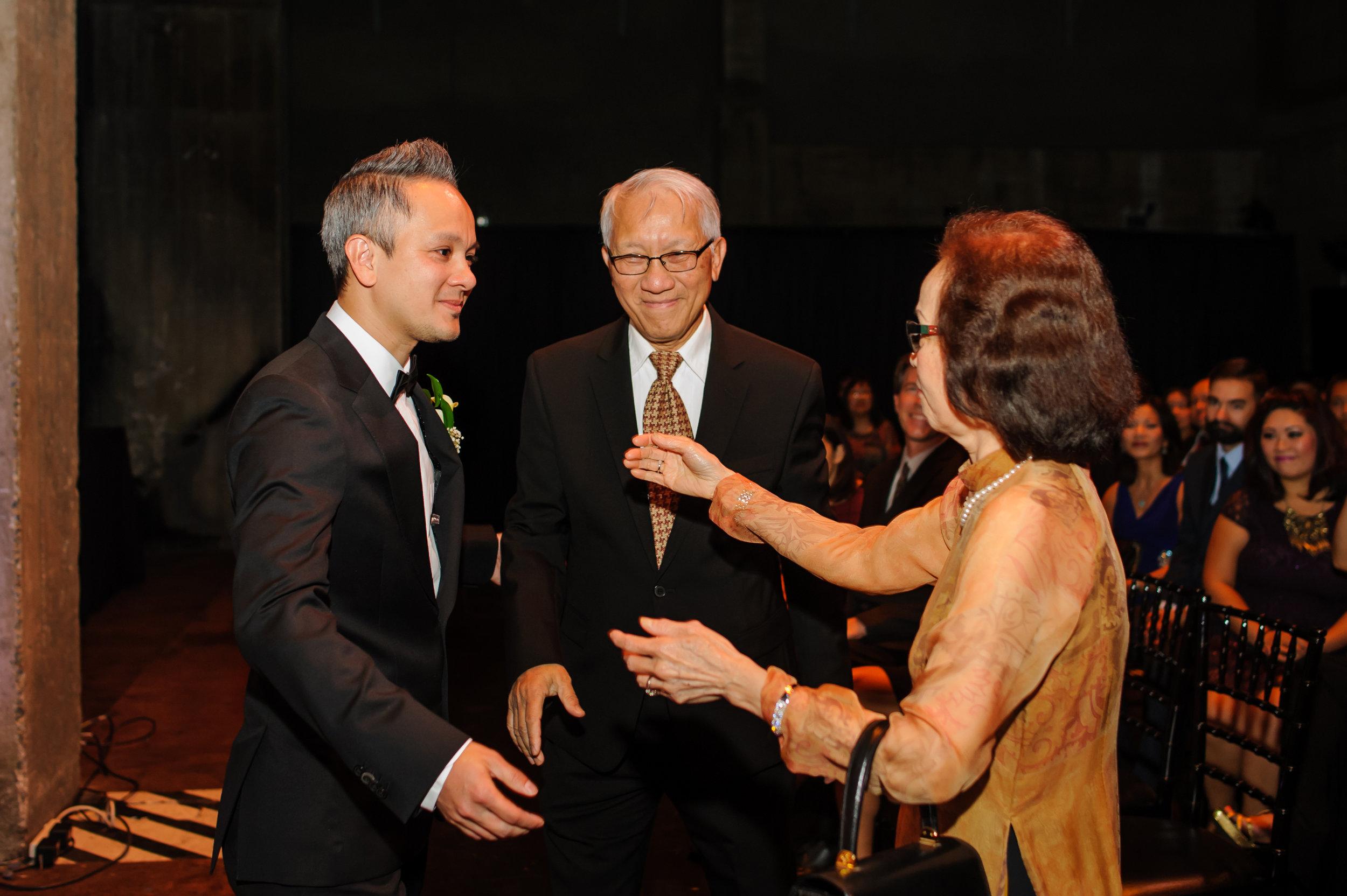 camilla-thuy-081-memorial-auditorium-sacramento-wedding-photographer-katherine-nicole-photography.JPG