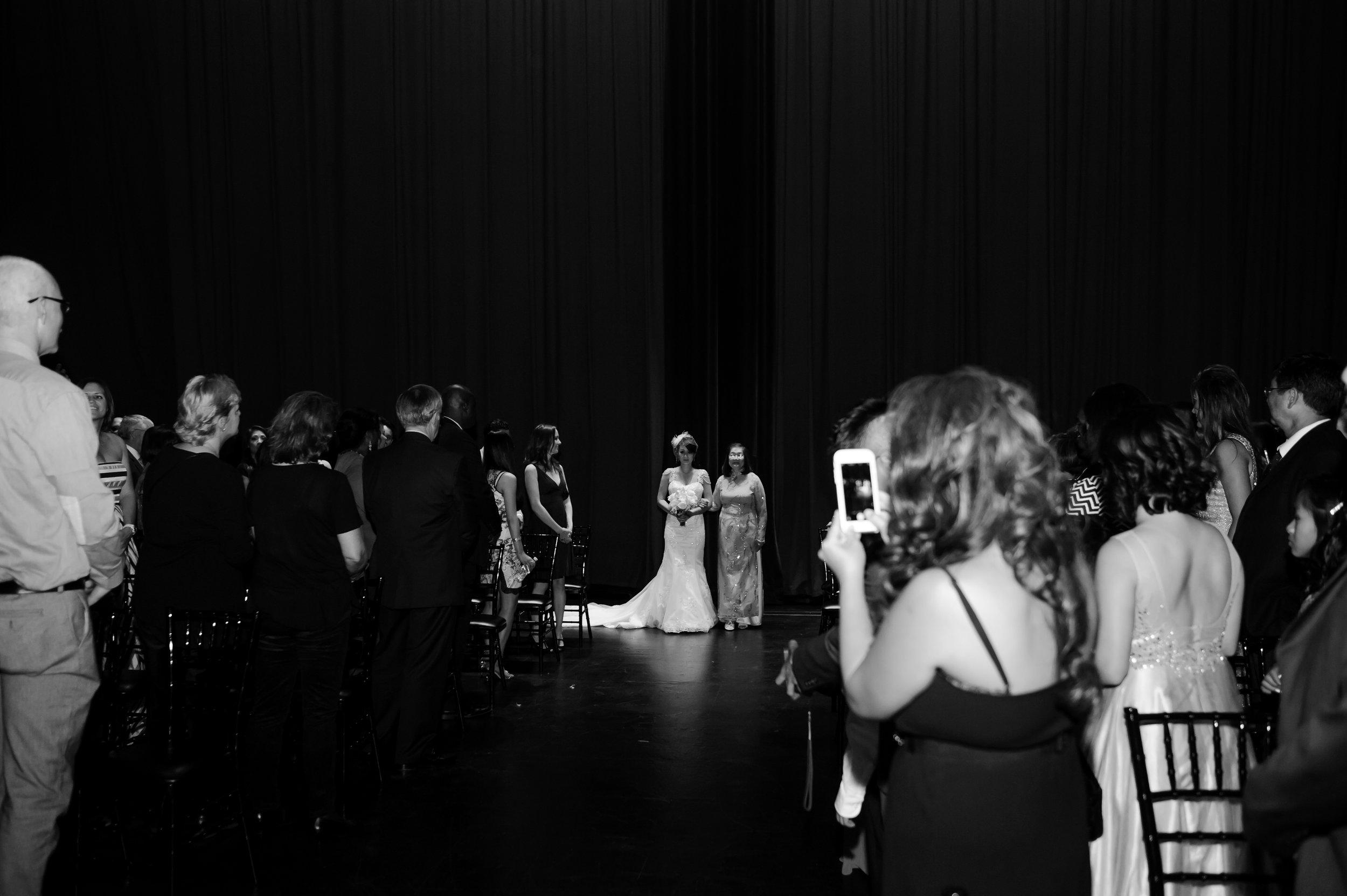 camilla-thuy-089-memorial-auditorium-sacramento-wedding-photographer-katherine-nicole-photography.JPG