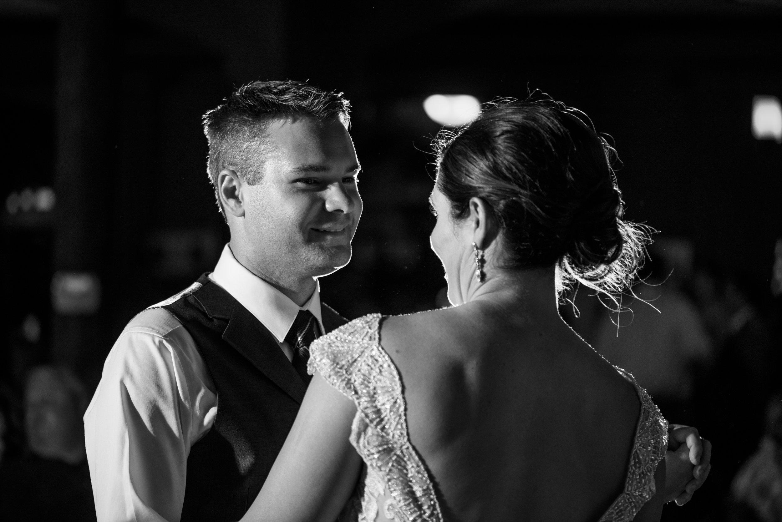 annie-brian-029-antiquite-midtown-sacramento-wedding-photographer-katherine-nicole-photography.JPG