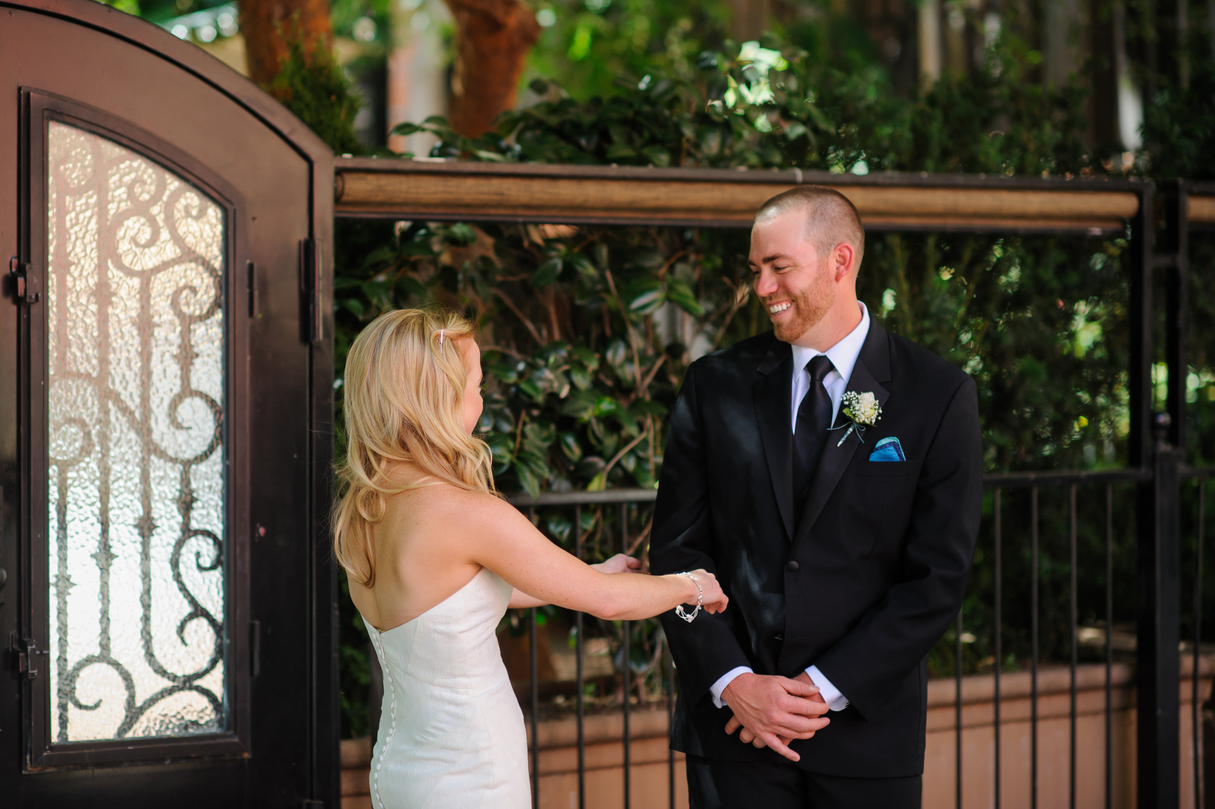 jenelle-brian-001-courtyard-d'oro-old-sacramento-wedding-photographer-katherine-nicole-photography013.JPG