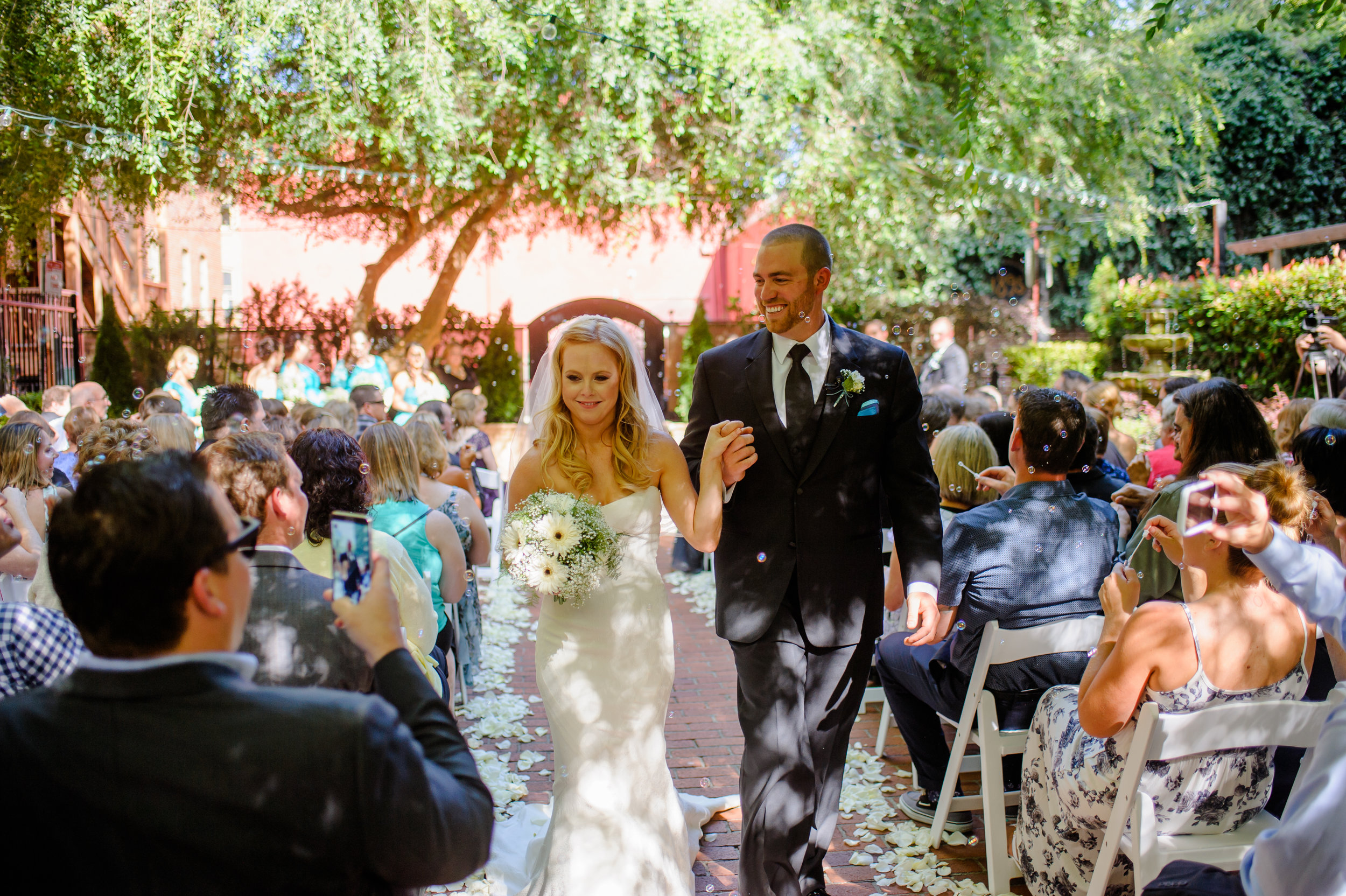 jenelle-brian-001-courtyard-d'oro-old-sacramento-wedding-photographer-katherine-nicole-photography029.JPG