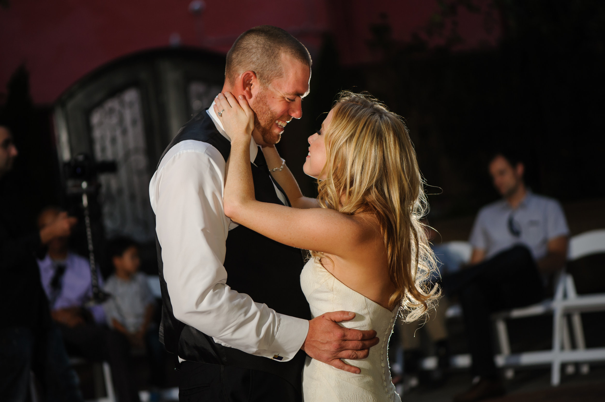 jenelle-brian-001-courtyard-d'oro-old-sacramento-wedding-photographer-katherine-nicole-photography040.JPG