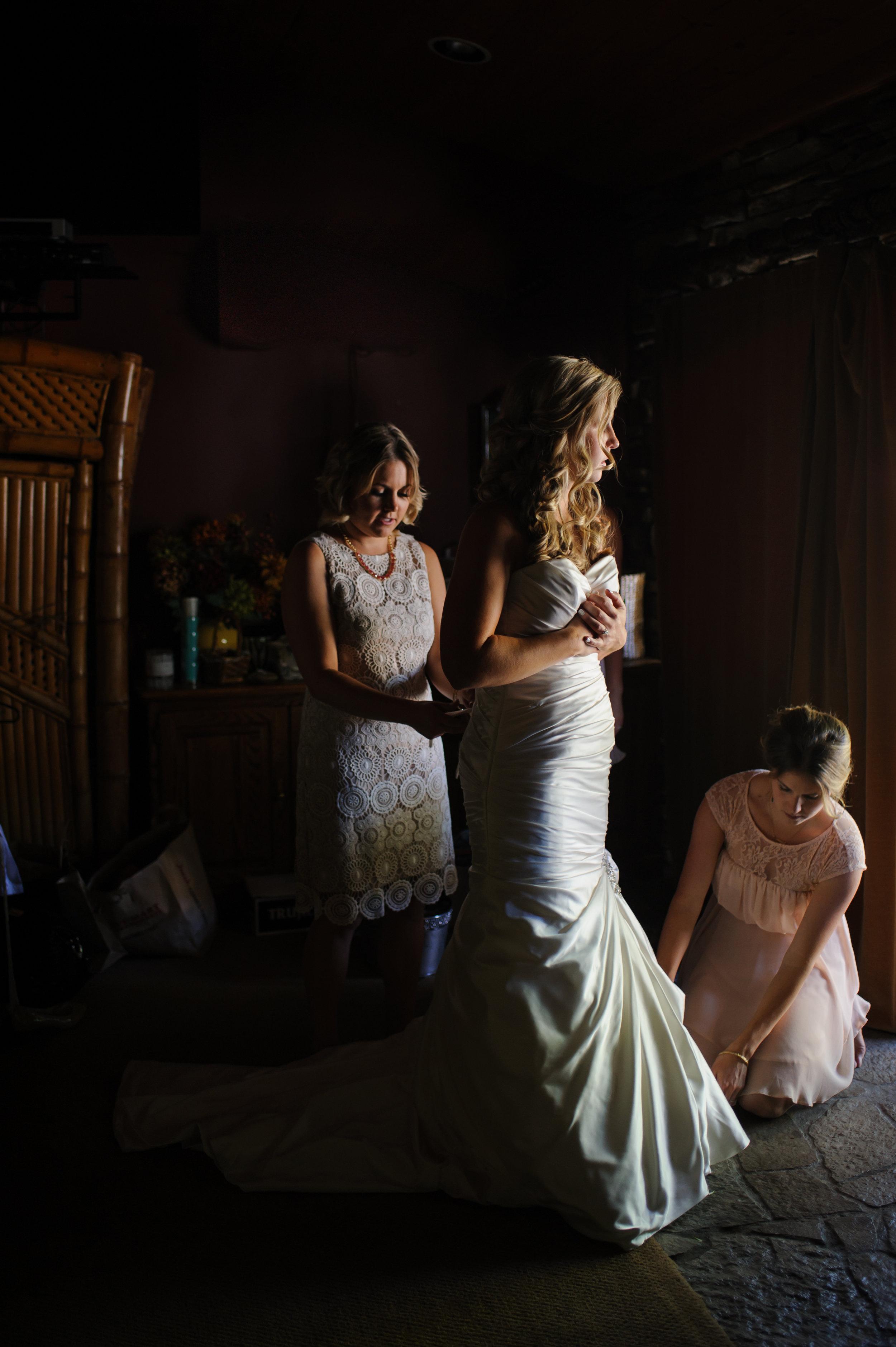 lindsey-alex-009-backyard-sacramento-wedding-photographer-katherine-nicole-photography.JPG