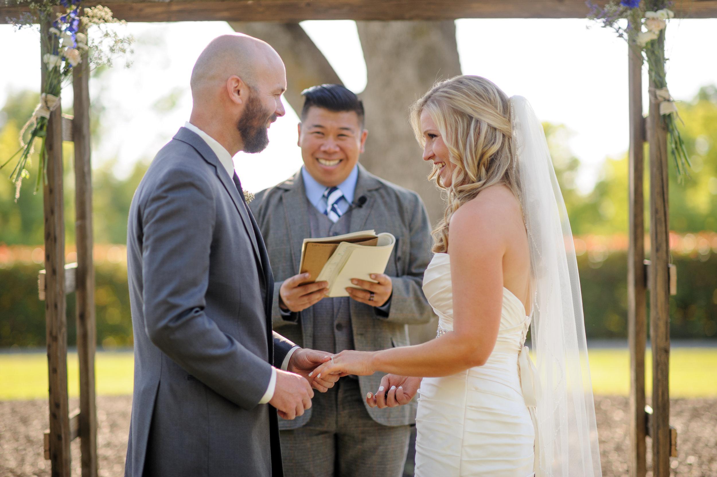 lindsey-alex-019-backyard-sacramento-wedding-photographer-katherine-nicole-photography.JPG