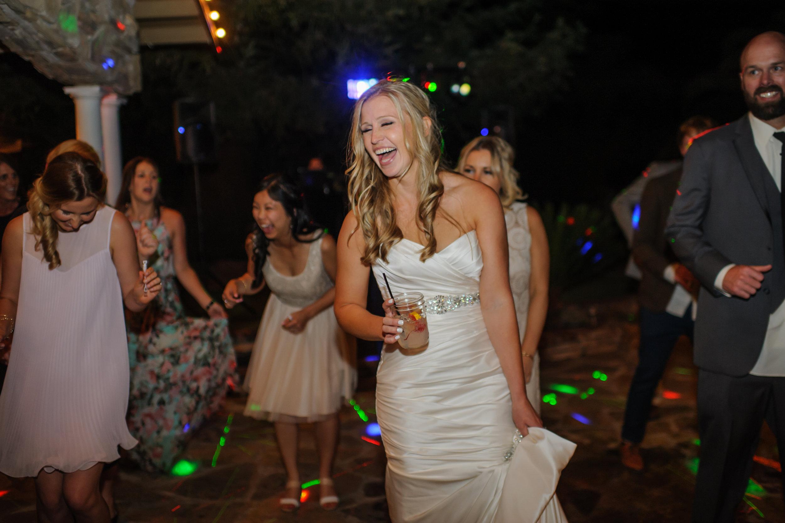 lindsey-alex-040-backyard-sacramento-wedding-photographer-katherine-nicole-photography.JPG
