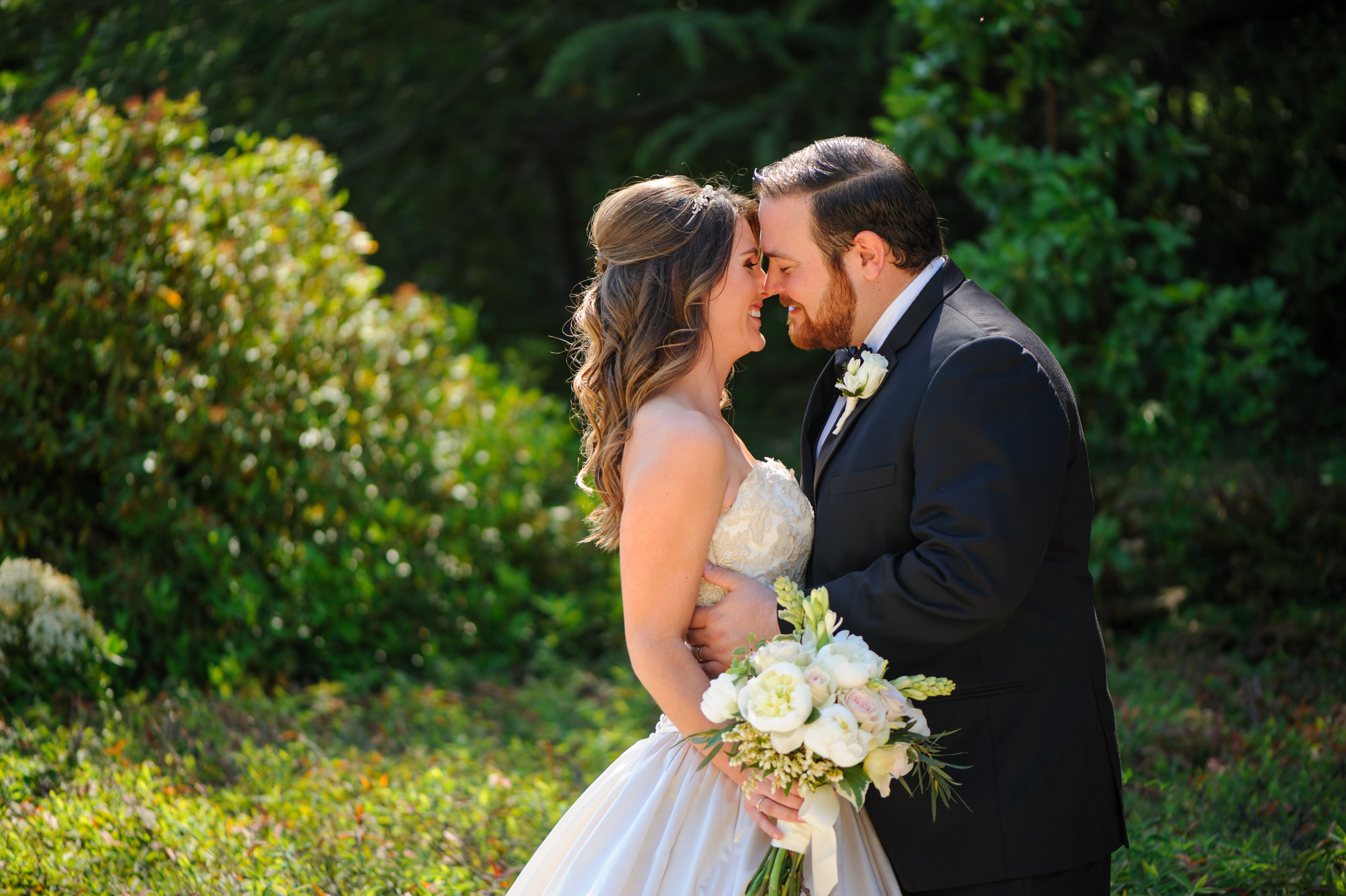 lindsey-charlie-053-monte-verde-inn-foresthill-wedding-photographer-katherine-nicole-photography.JPG