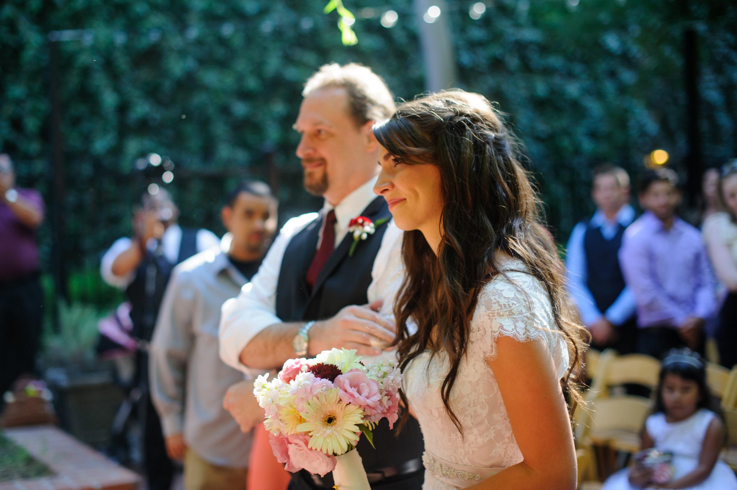 beth-mark-014-courtyard-d'oro-old-sacramento-wedding-photographer-katherine-nicole-photography.JPG