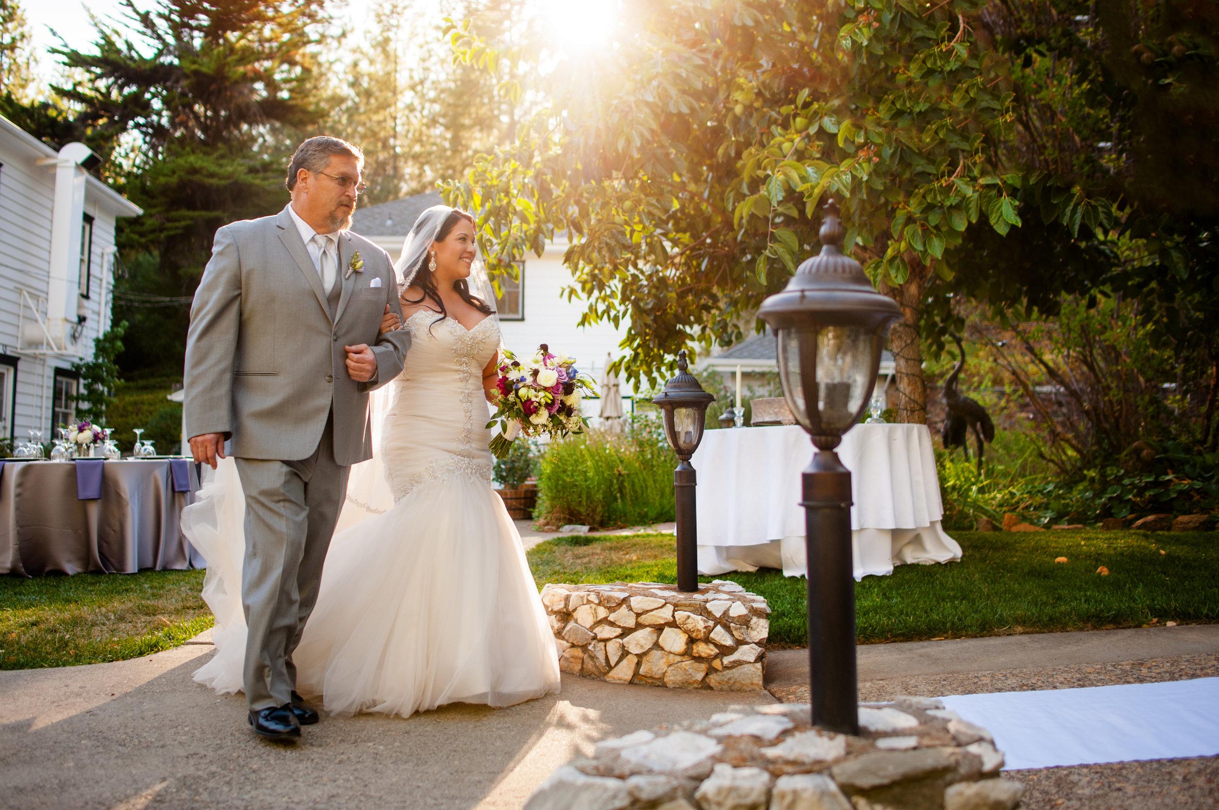 erika-seth-014-monte-verde-inn-sacramento-wedding-photographer-katherine-nicole-photography.JPG