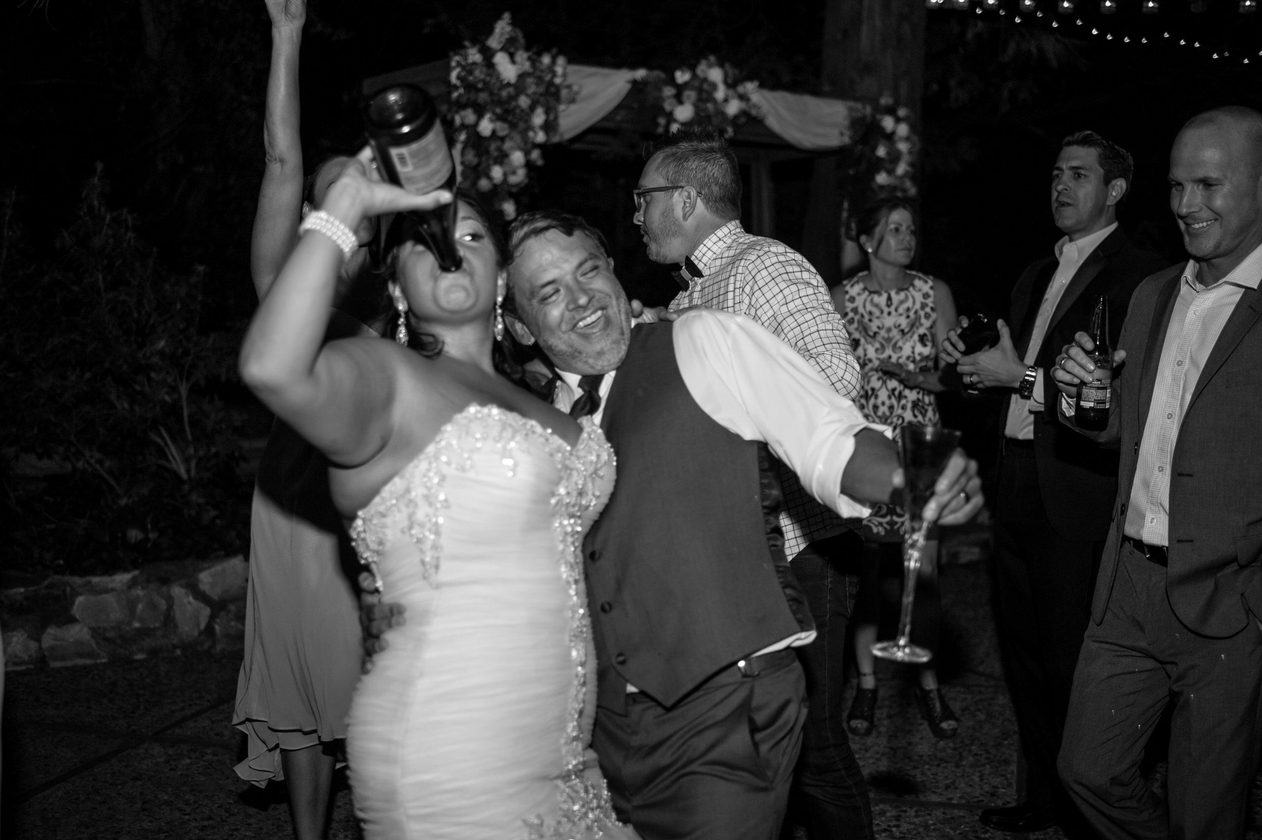 erika-seth-044-monte-verde-inn-sacramento-wedding-photographer-katherine-nicole-photography.JPG
