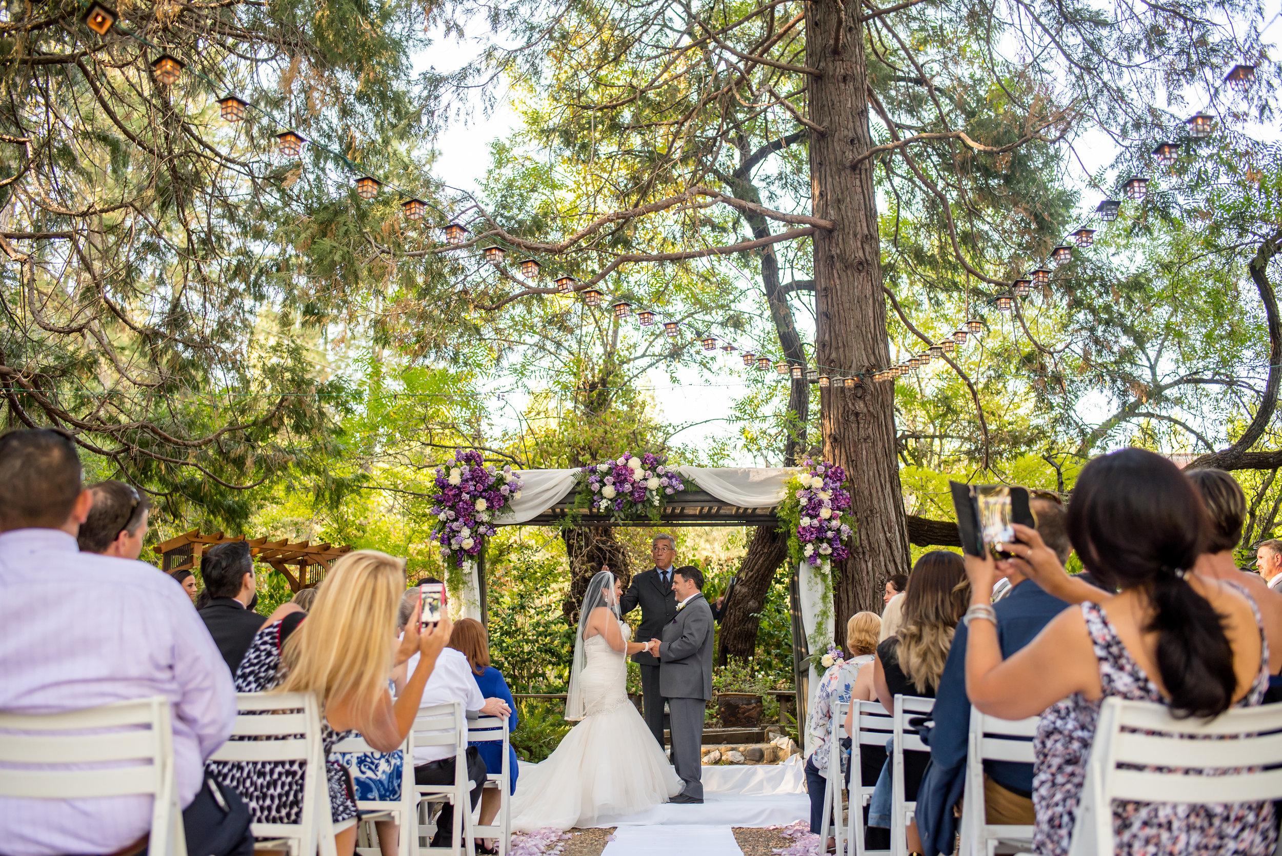 erika-seth-018-monte-verde-inn-sacramento-wedding-photographer-katherine-nicole-photography.JPG