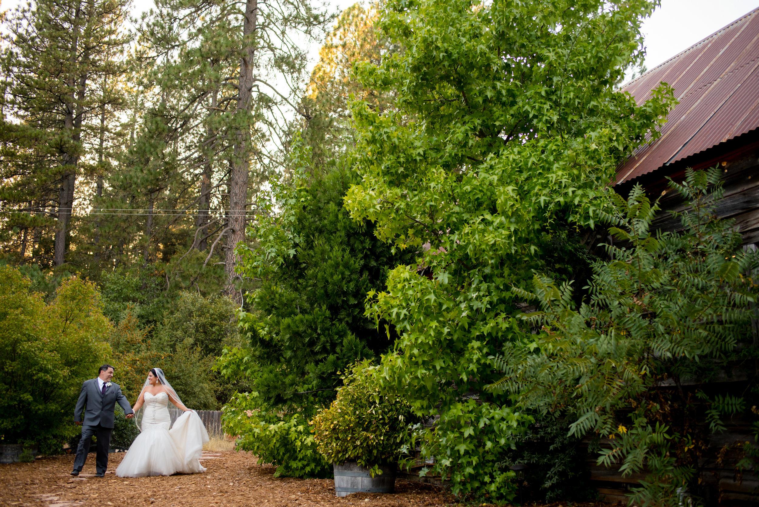 erika-seth-029-monte-verde-inn-sacramento-wedding-photographer-katherine-nicole-photography.JPG