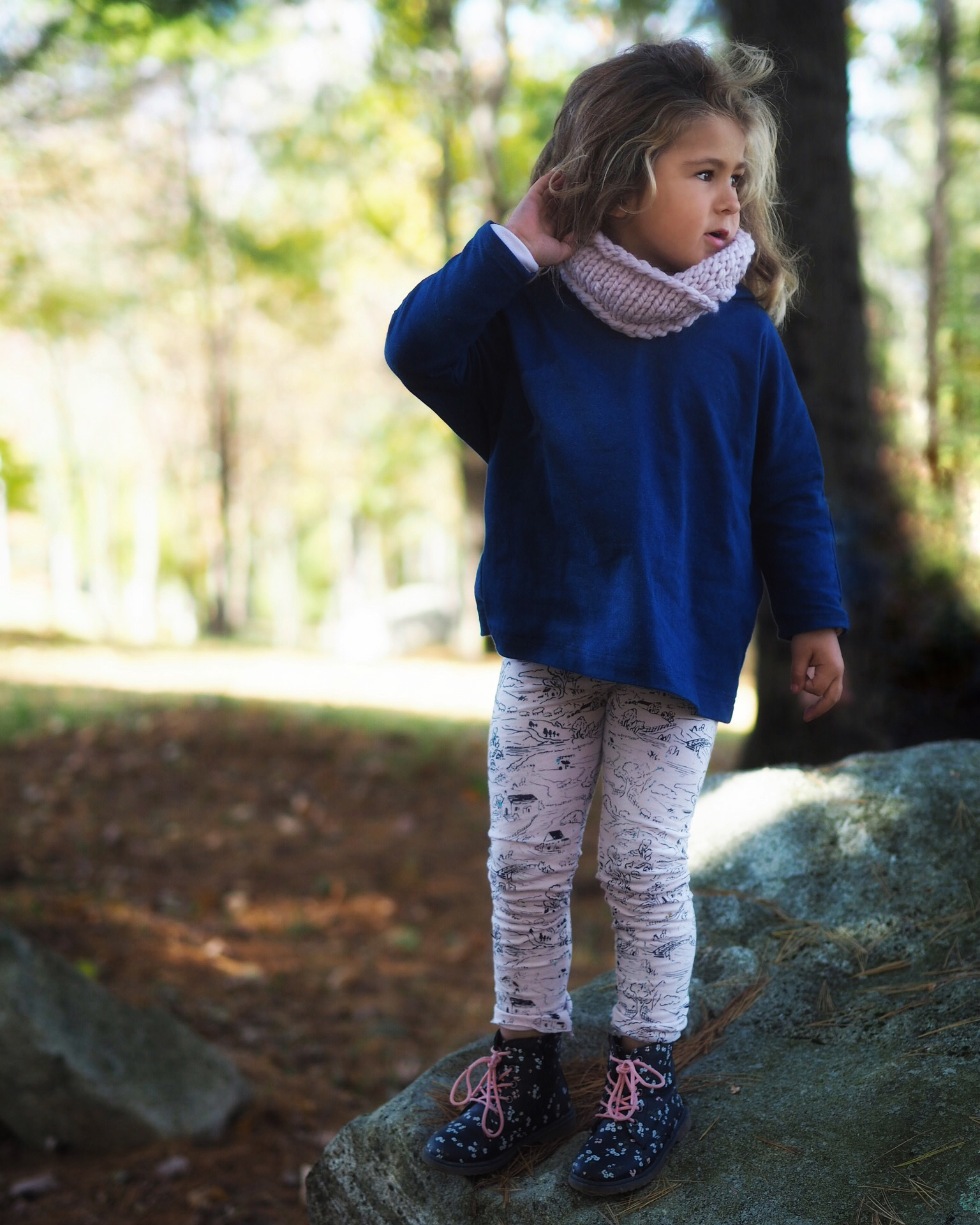 shop  oversized hoodie , English countryside leggings, and  chunky circle scarf