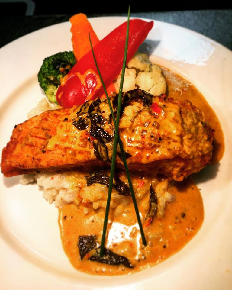 Thai salmon, Grande Kitchen & Bar style!
