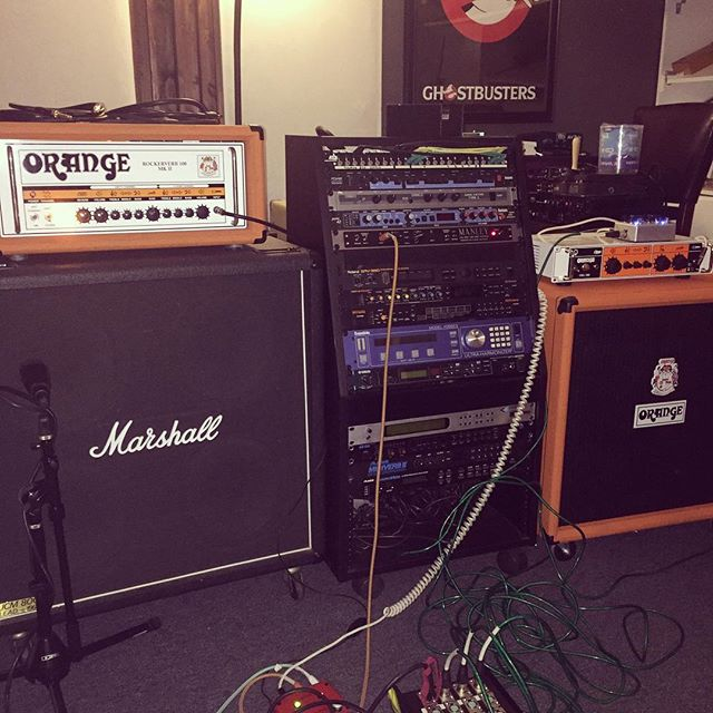 Doing some exciting things!! #studio #recording #recordingstudio #studioporn #gearslutz #marshallamps @marshallamps_uk #orangeamp @orangeamplifiers #ghostbusters #scientist #tracking #bluehousesoundstudio #orangecounty