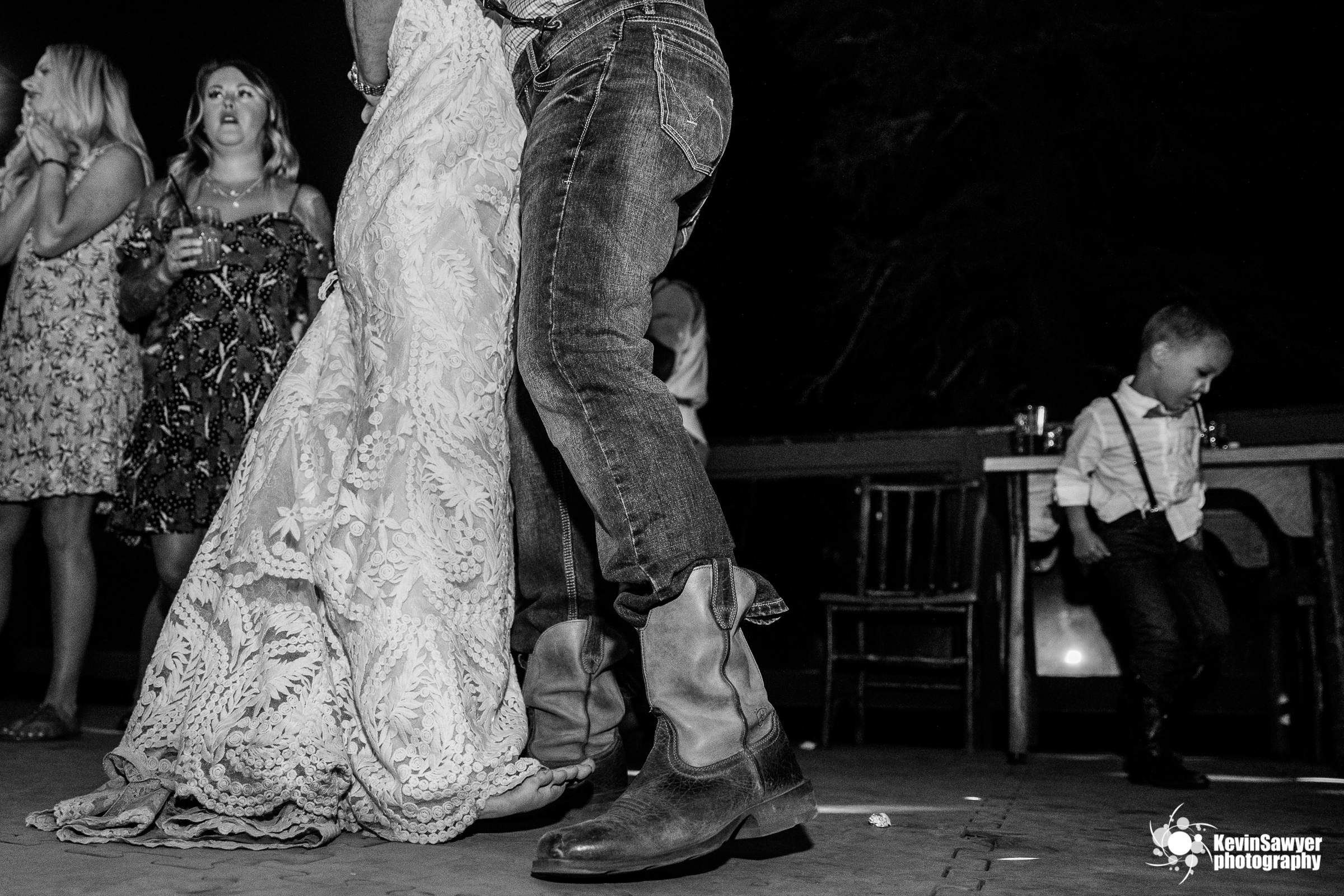 lake tahoe wedding photographer kevin sawyer photography lake view lodge