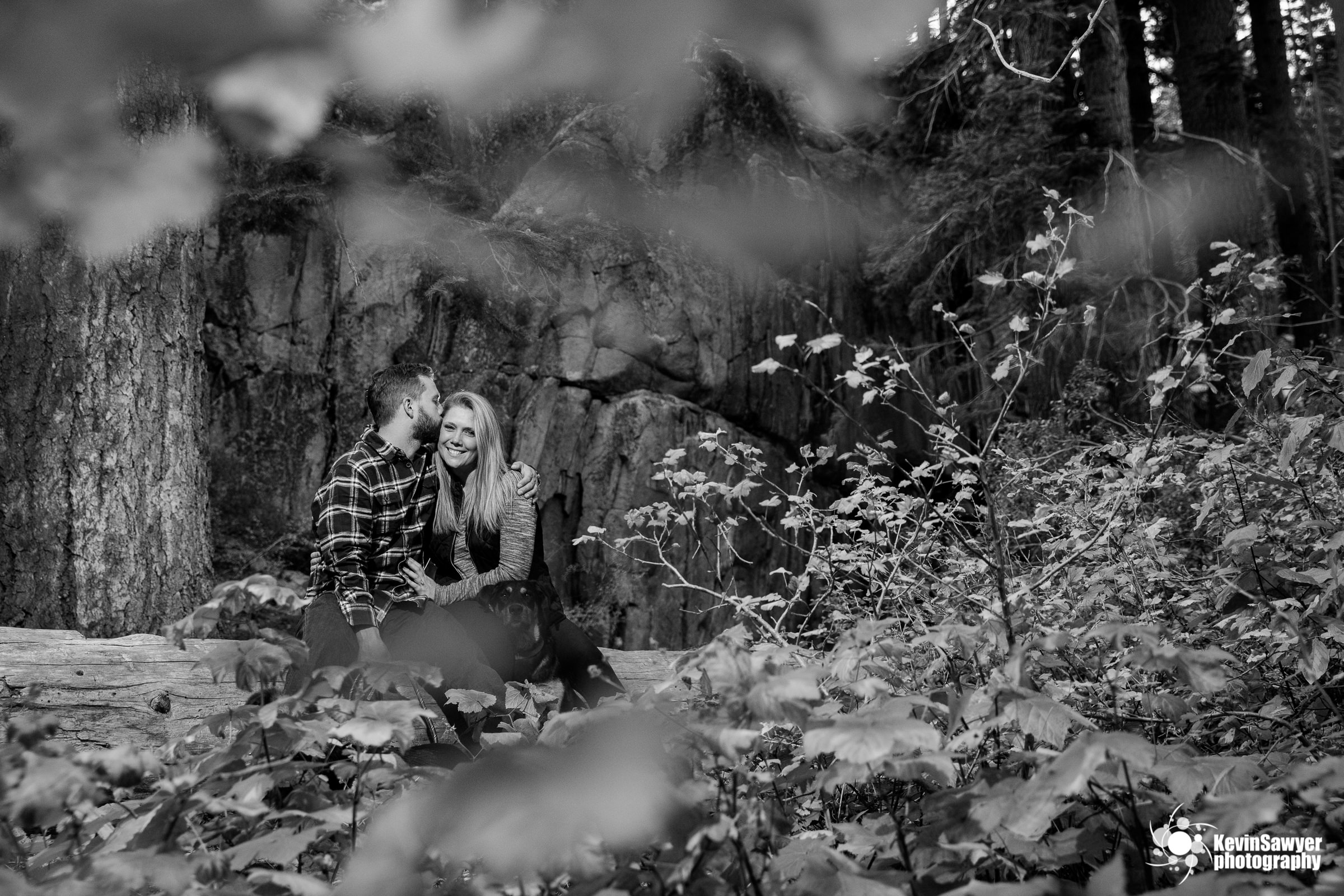 lake-tahoe-wedding-photographer-proposal-engagement-emerald-bay-portraits-love-southlake-tahoe