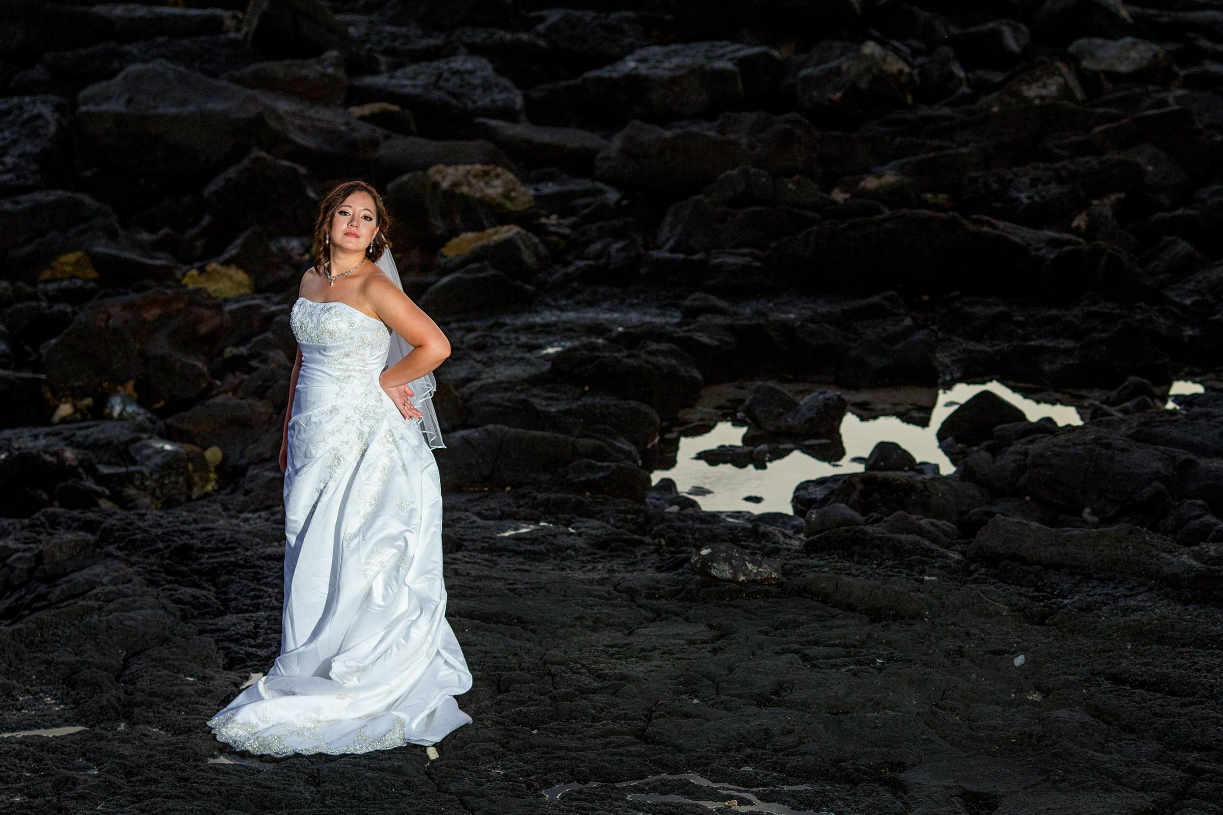 wedding-photographer-photography-destination-hawaii-lake-tahoe-bride-groom-portrait