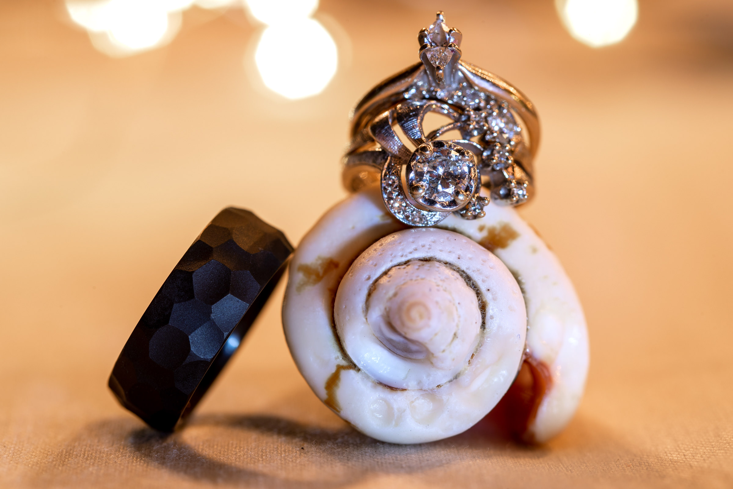 wedding-photographer-photography-destination-hawaii-lake-tahoe-details-rings