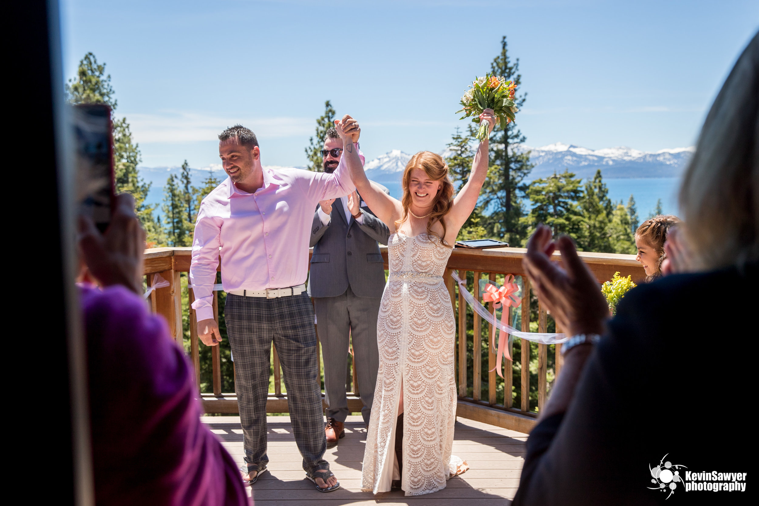 lake-tahoe-photographer-wedding-best-top-north-south-west-city-ceremony-dress-bride-groom