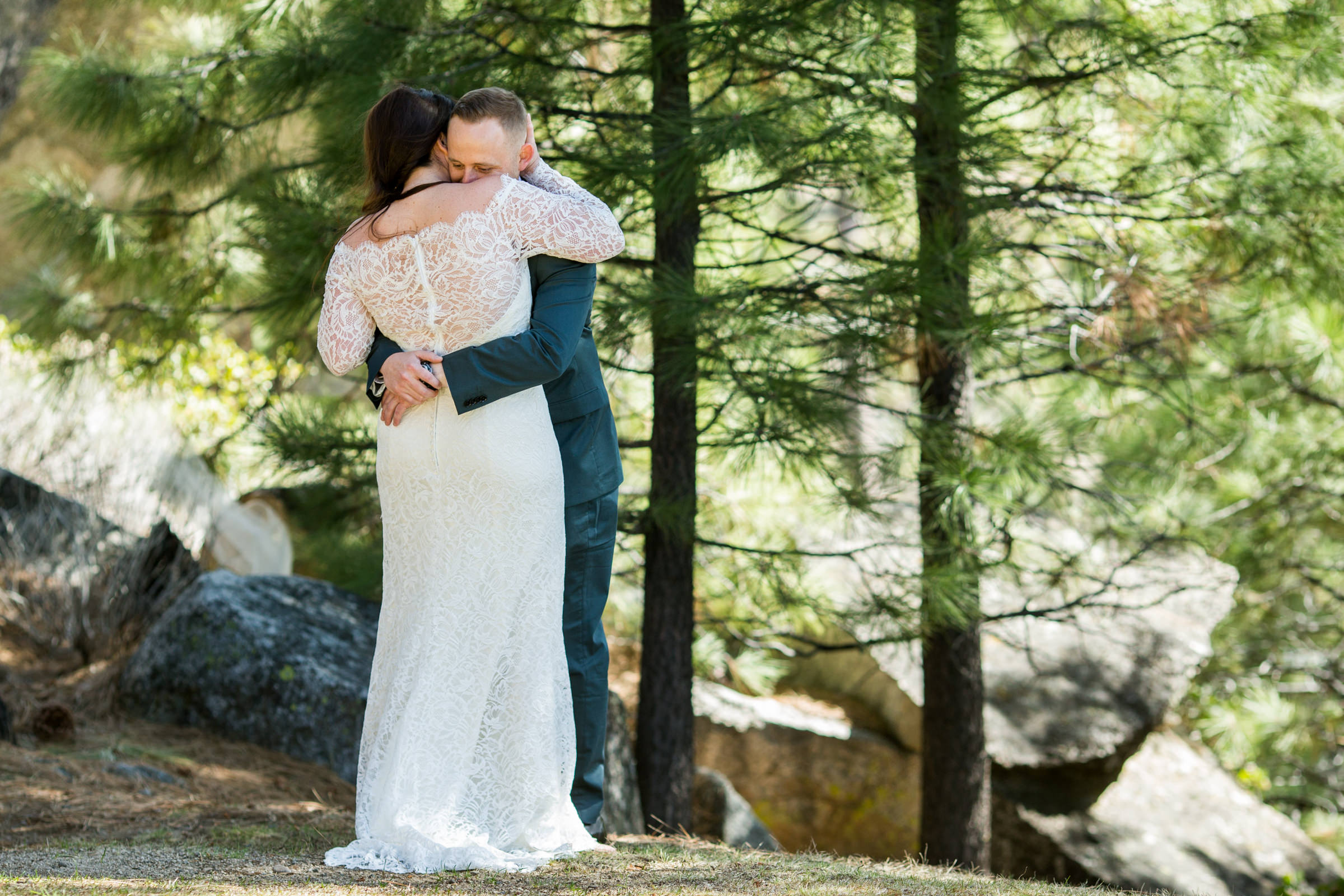 lake-tahoe-wedding-photographer-photography-best-top-north-city-kevin-sawyer-reno-truckee-bestof-incline-village-first-look-charthouse-chart-house-love-bride-groom-forest