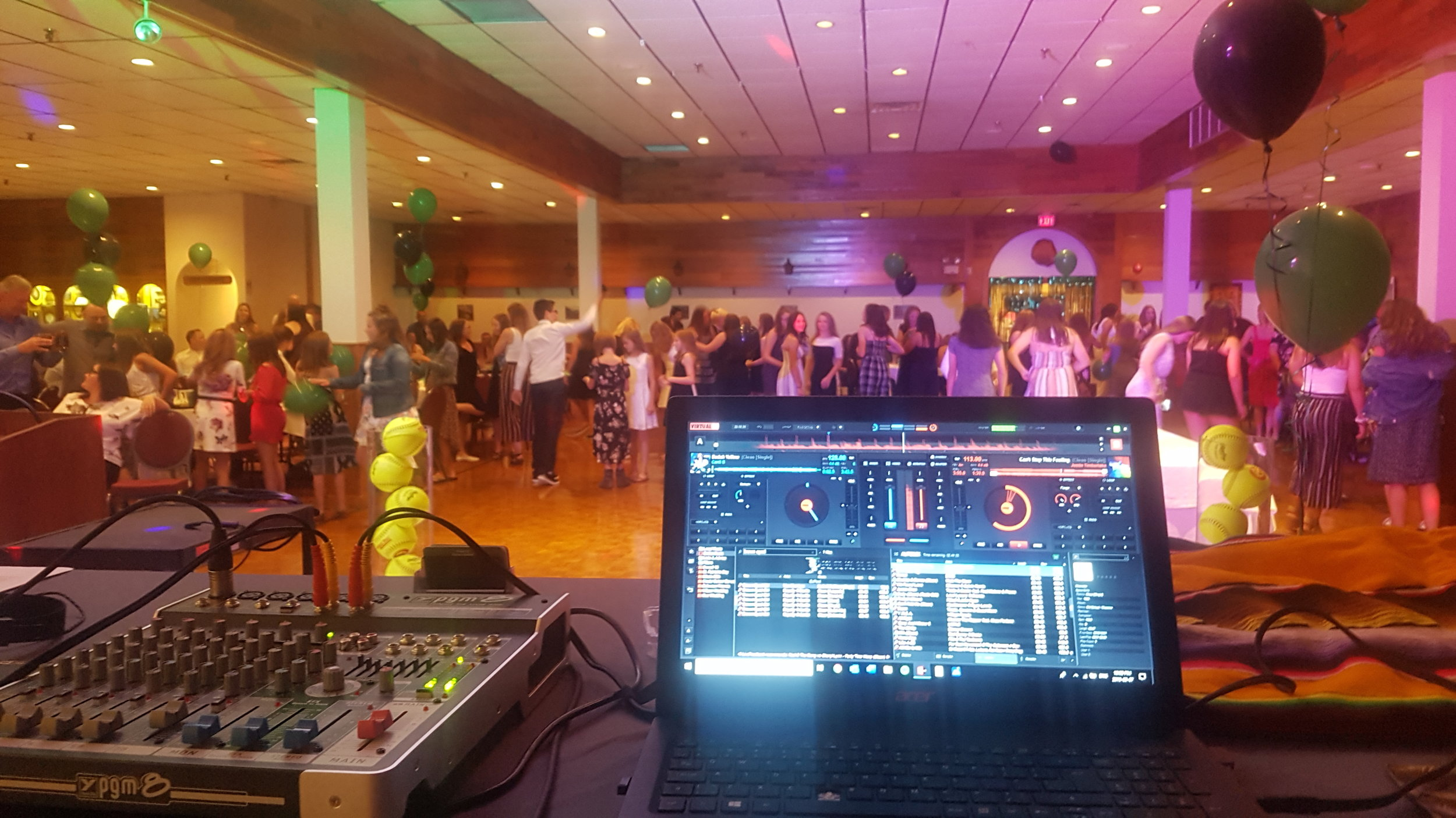Mobile DJ - Having the right DJ can make your special event truly memorable. Jason has the talent, experience, training and technology to make this a reality.Eagle Feather Entertainment offers a basic package and several add-ons to customize your event and take it to the next level.Book us for your next wedding ceremony, reception, school dance, corporate party, birthday party, community event or holiday-themed party and you won't be disappointed!